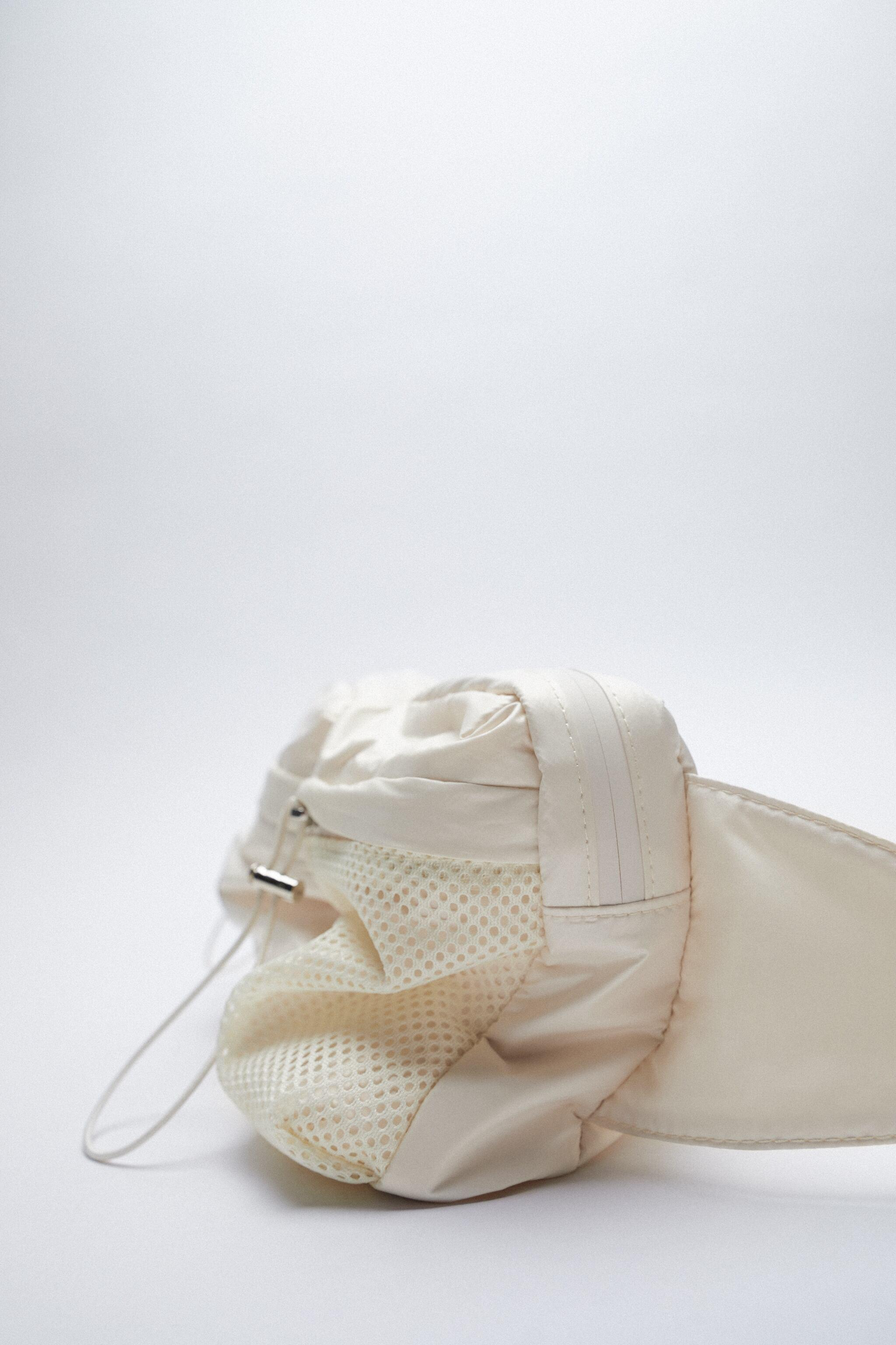TECHNICAL FABRIC BELT BAG WITH POCKETS 3