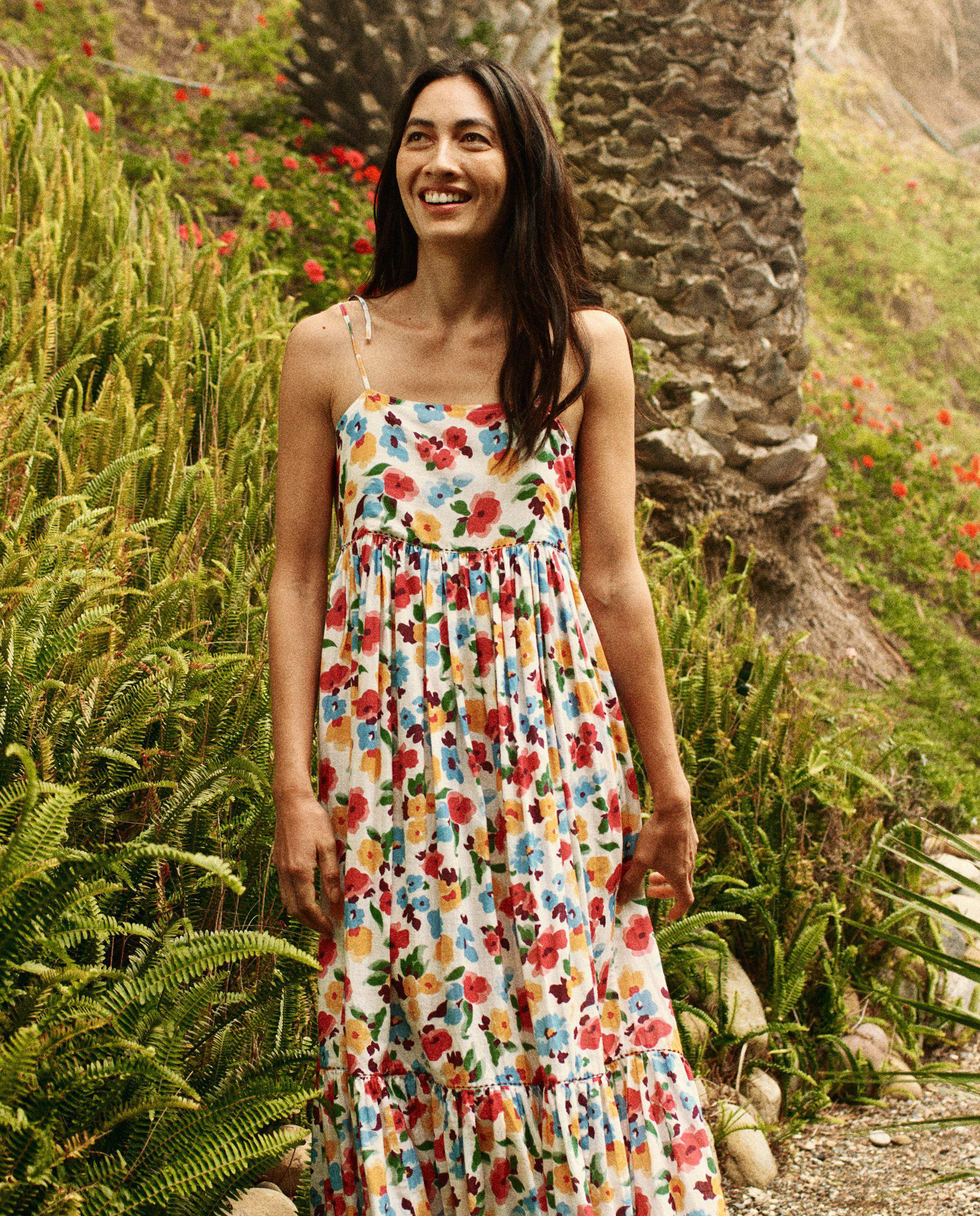 The Dainty Dress. -- Tropical Floral