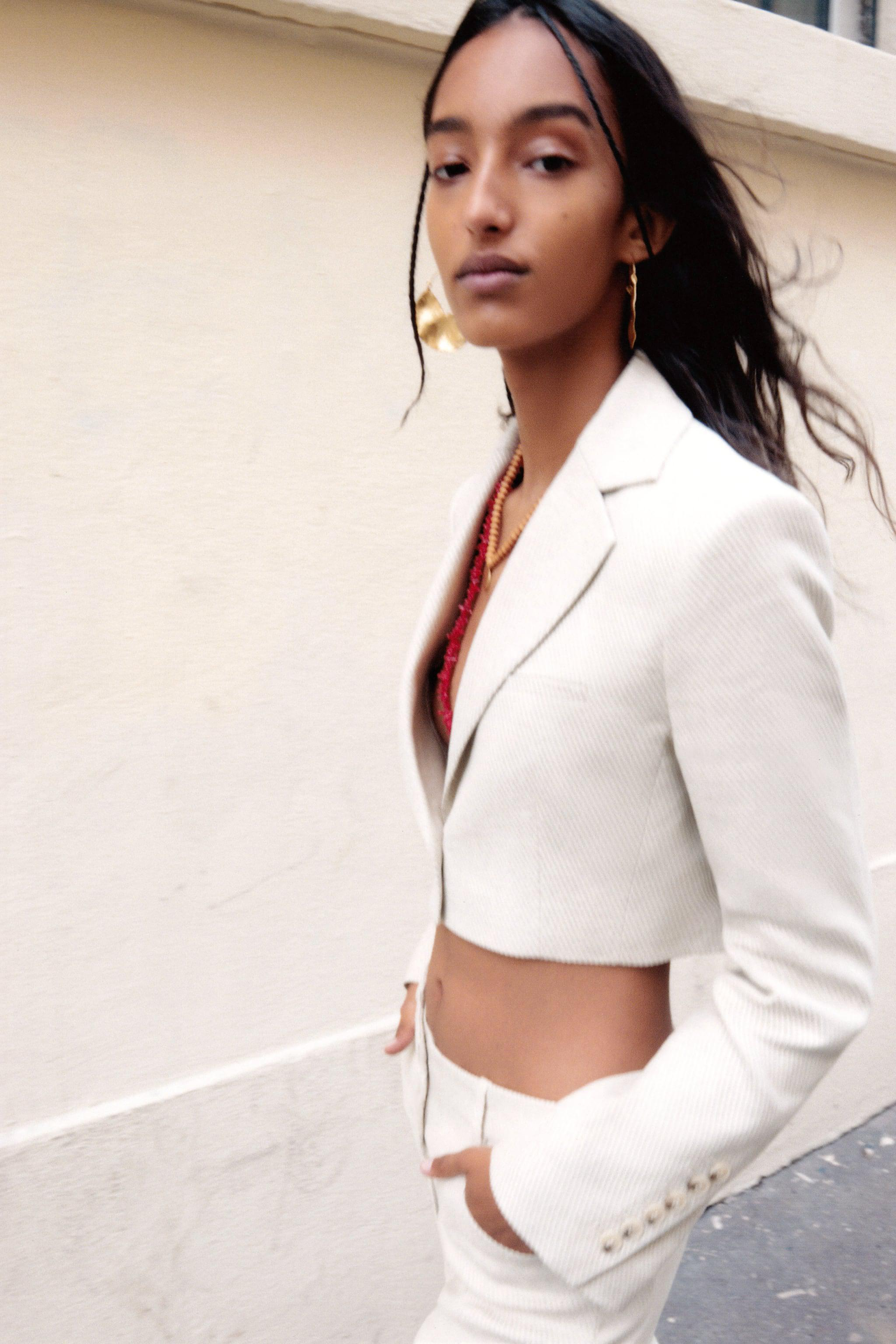 LIMITED EDITION CROPPED BLAZER 1