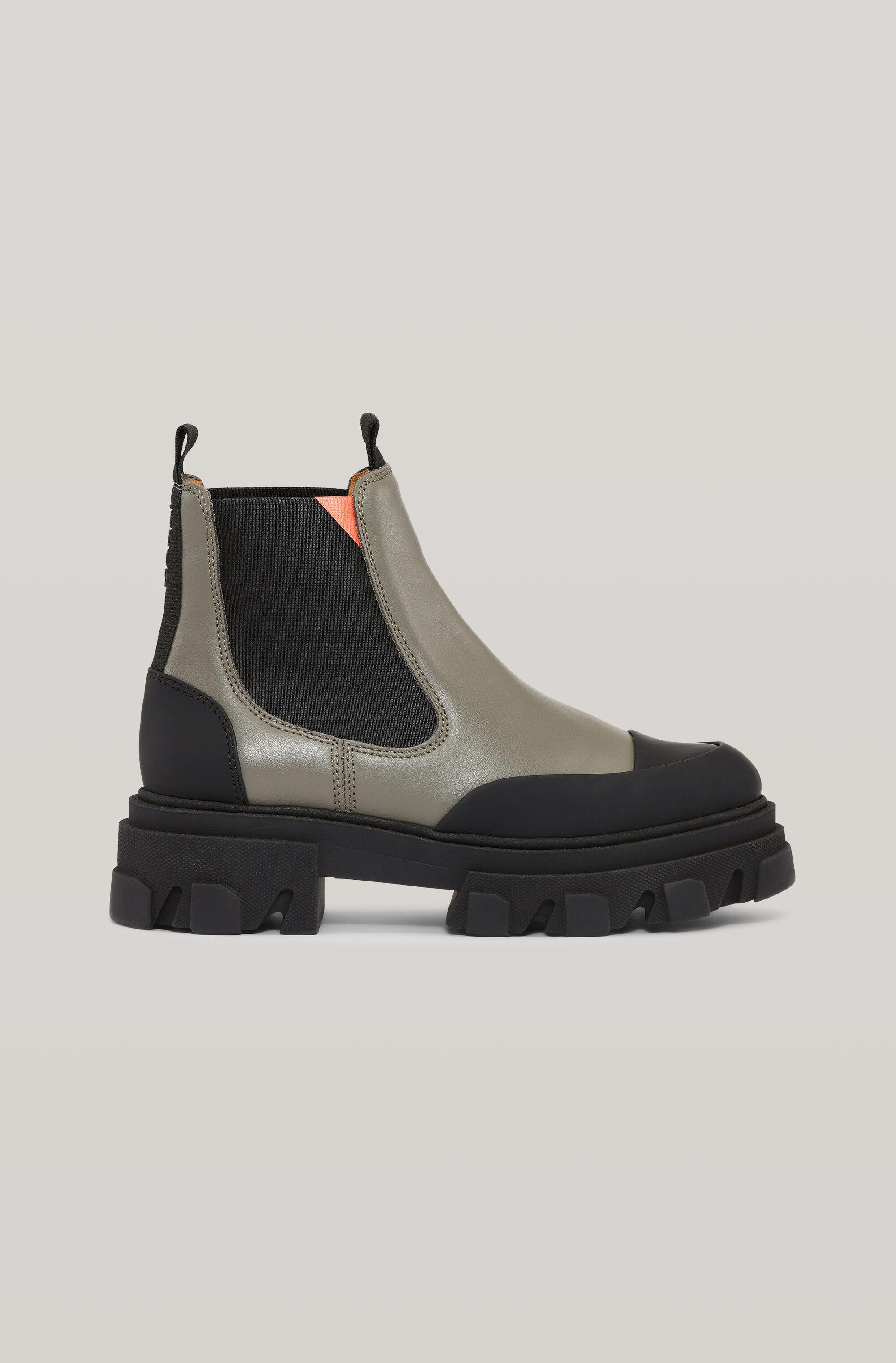 Calf Leather Low Chelsea Boot