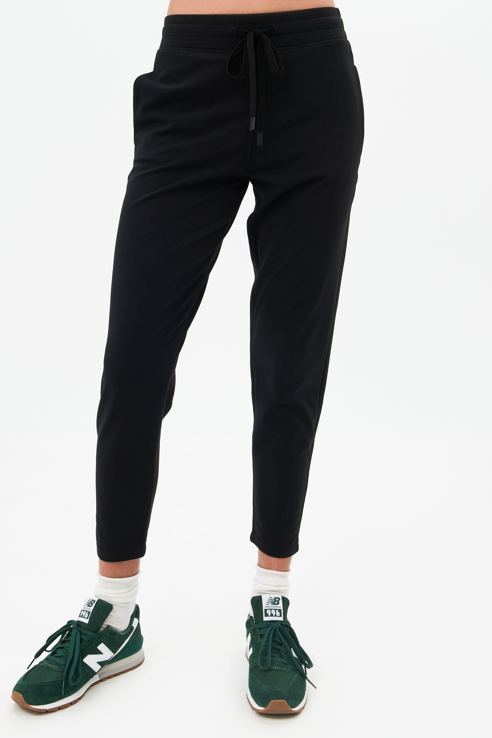 Airweight Jogger - Black