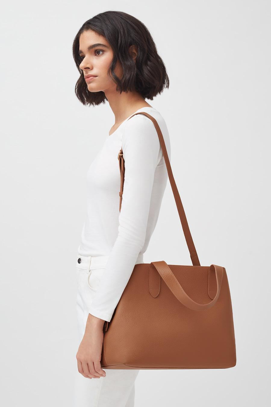 Women's Zippered Satchel Bag in Caramel | Pebbled Leather by Cuyana 4