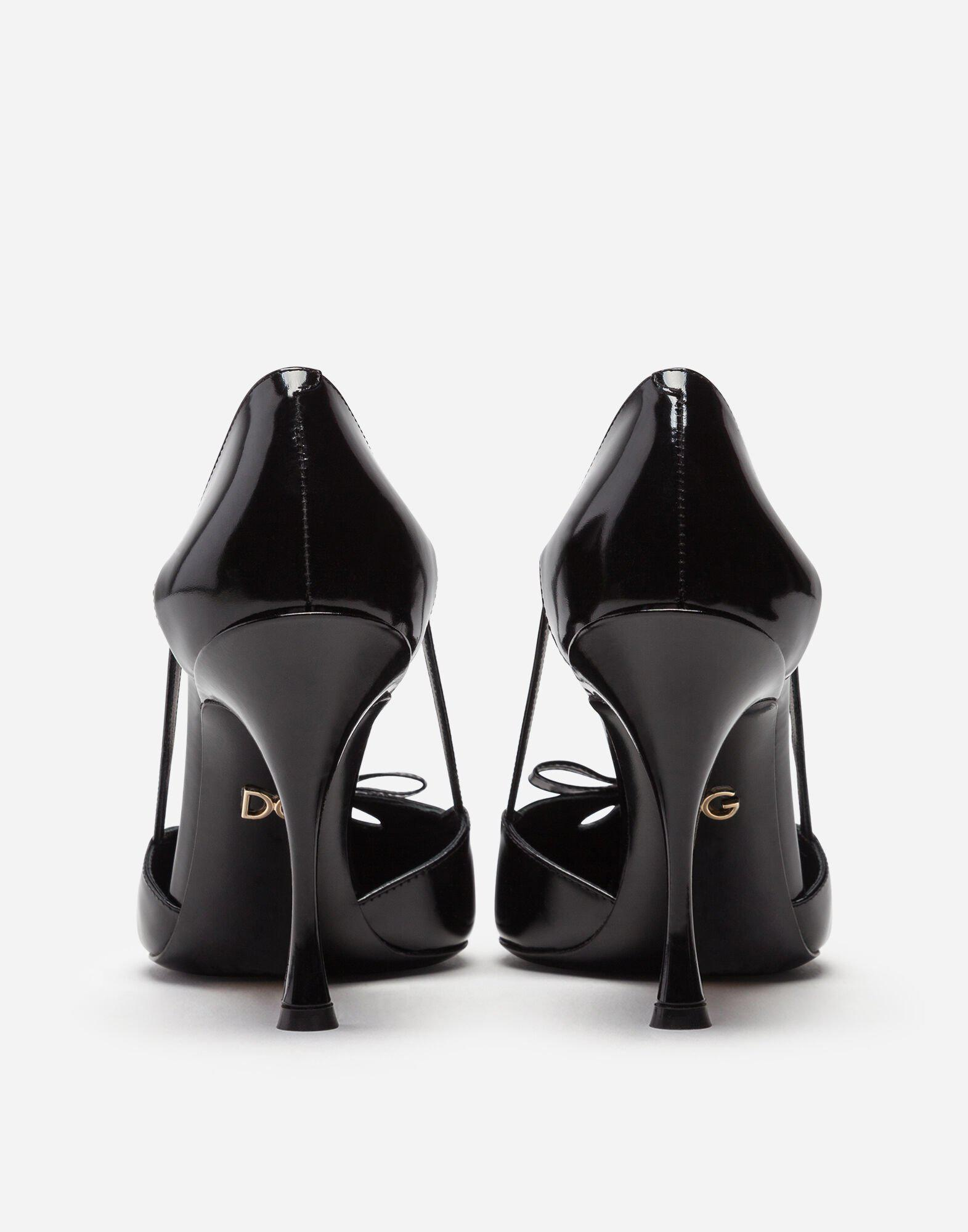 Polished calfskin pumps with bow 2