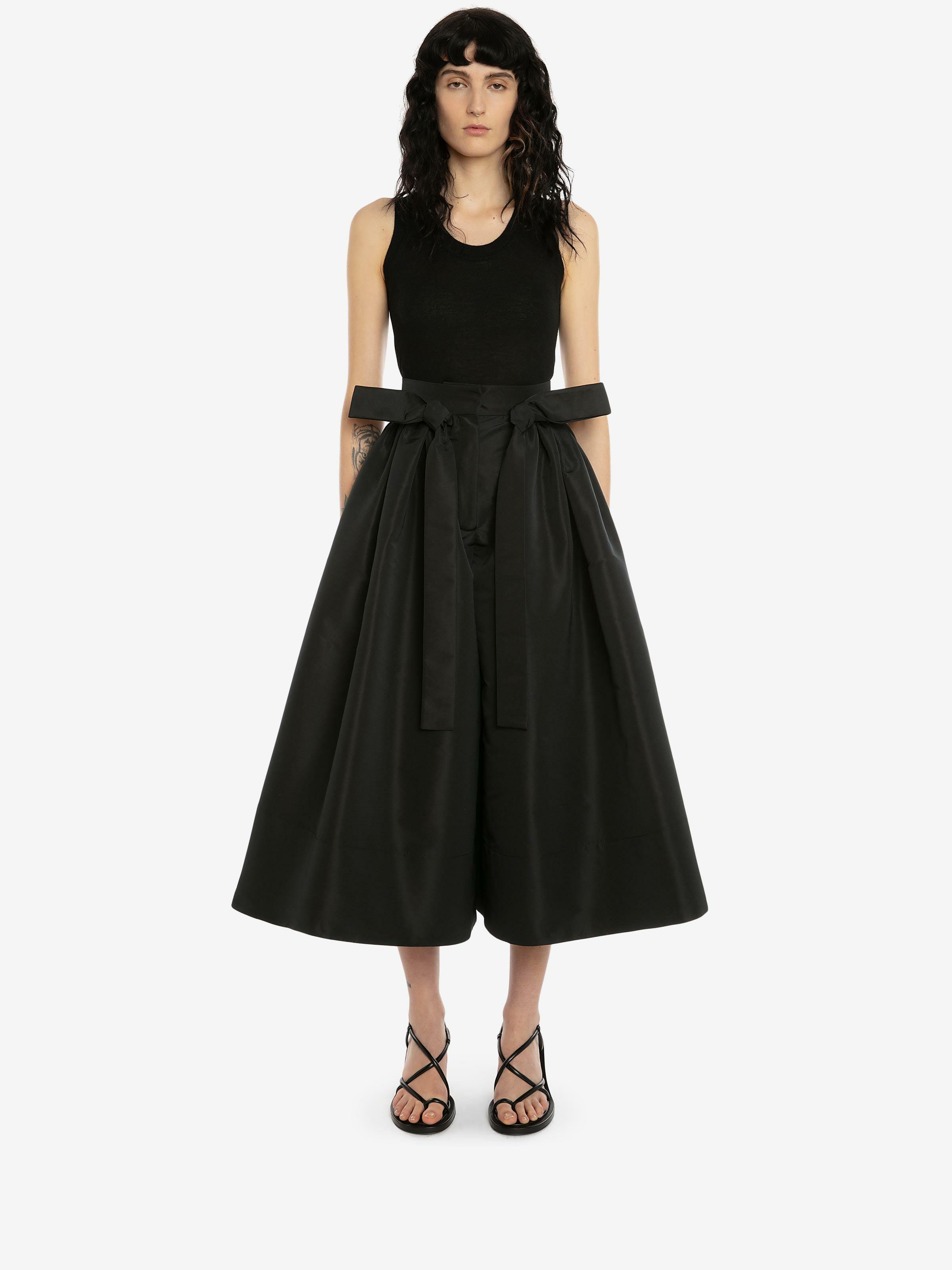 Exploded Ribbon Tie Culottes
