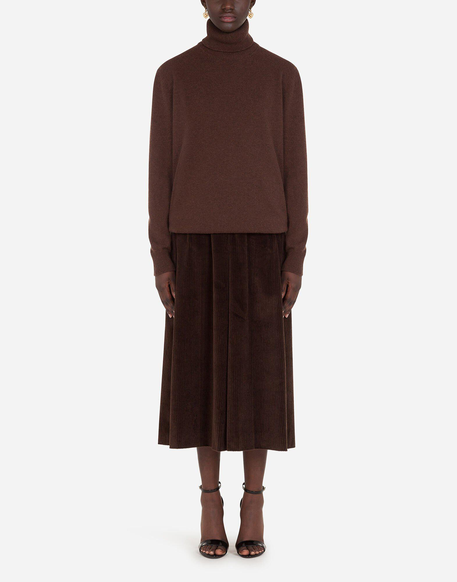 High neck sweater in cashmere