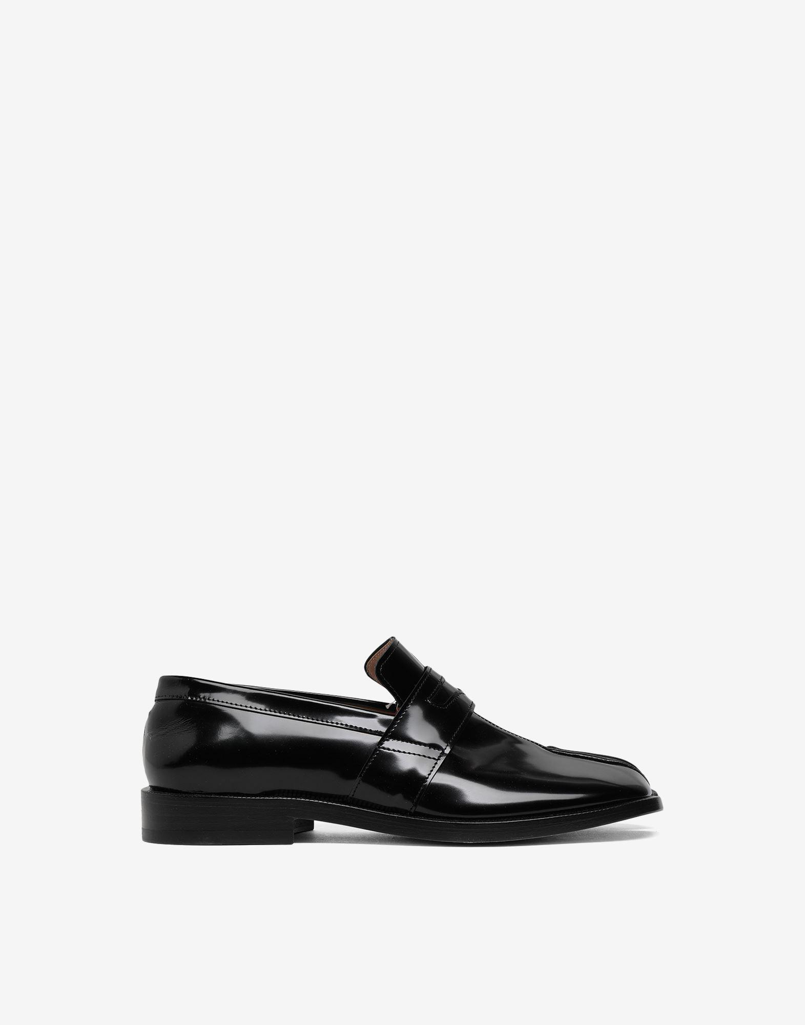 Tabi leather loafers