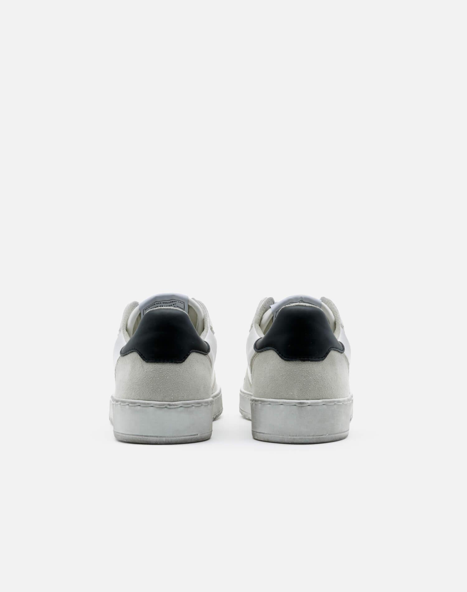 80s Sustainable Basketball Shoe - White and Black 3