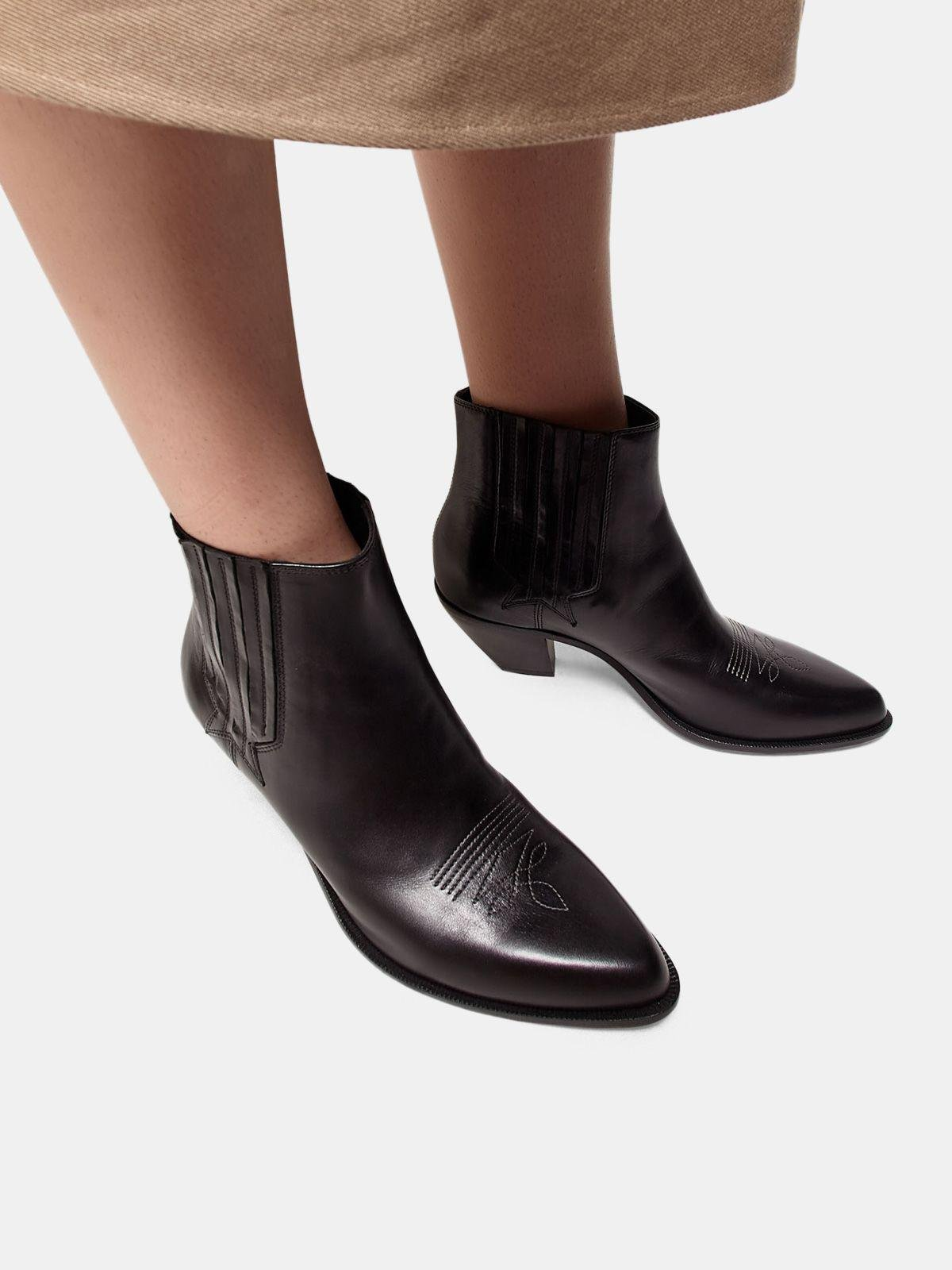 Sunset ankle boots in black leather 4