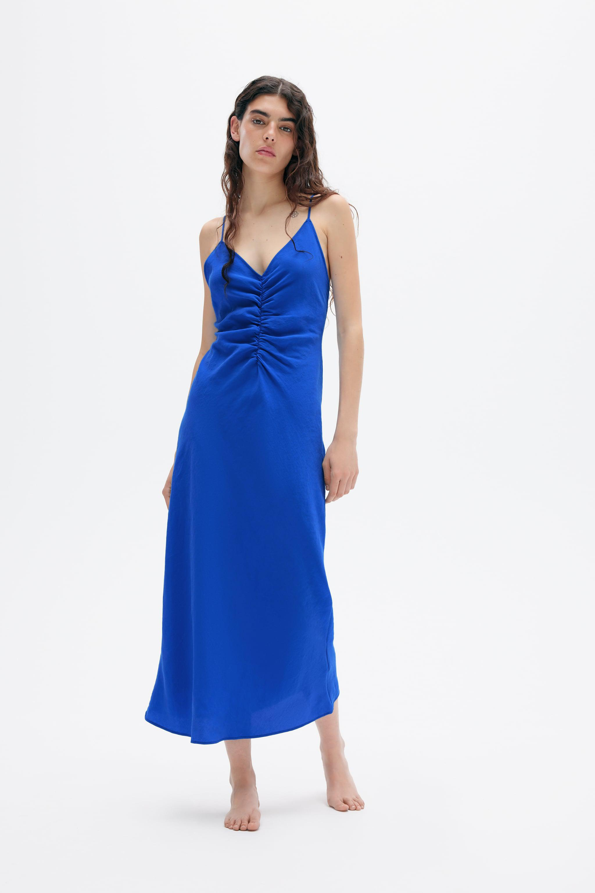DRESS WITH RUCHING