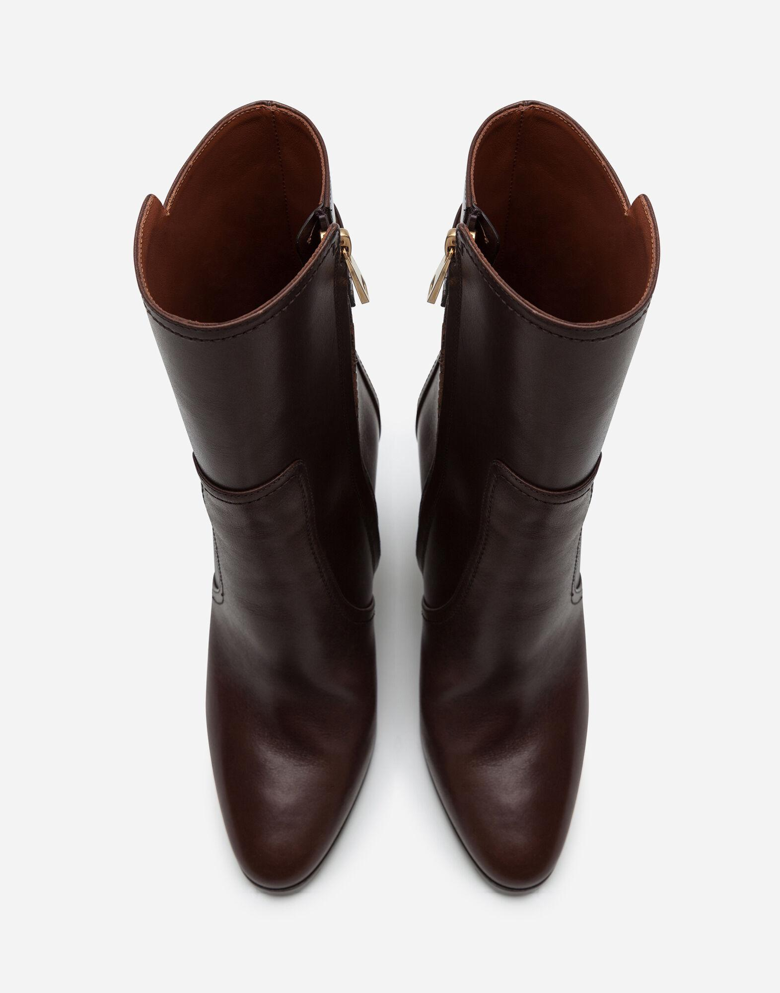 Ankle boots in cowhide with DG logo 3