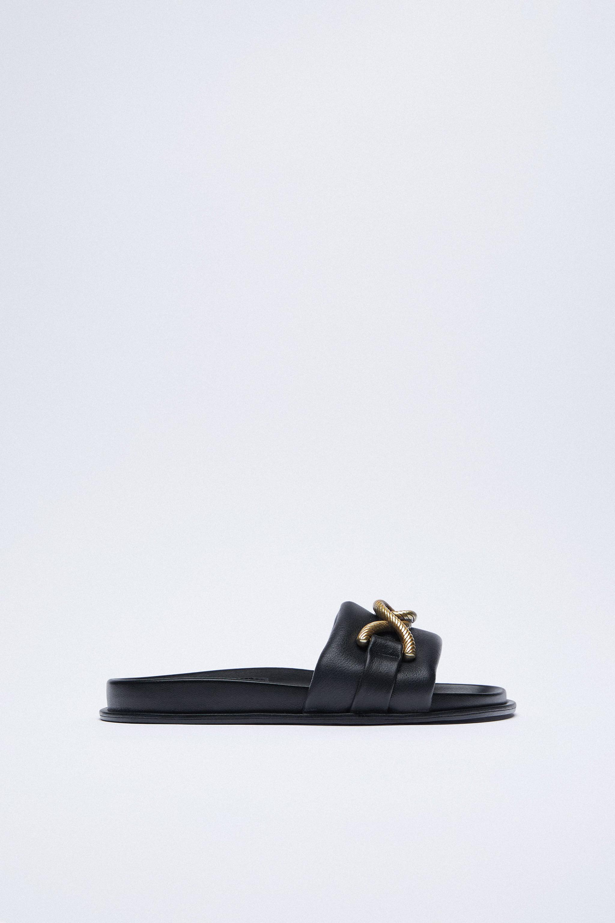 METAL BUCKLE FLAT LEATHER SANDALS