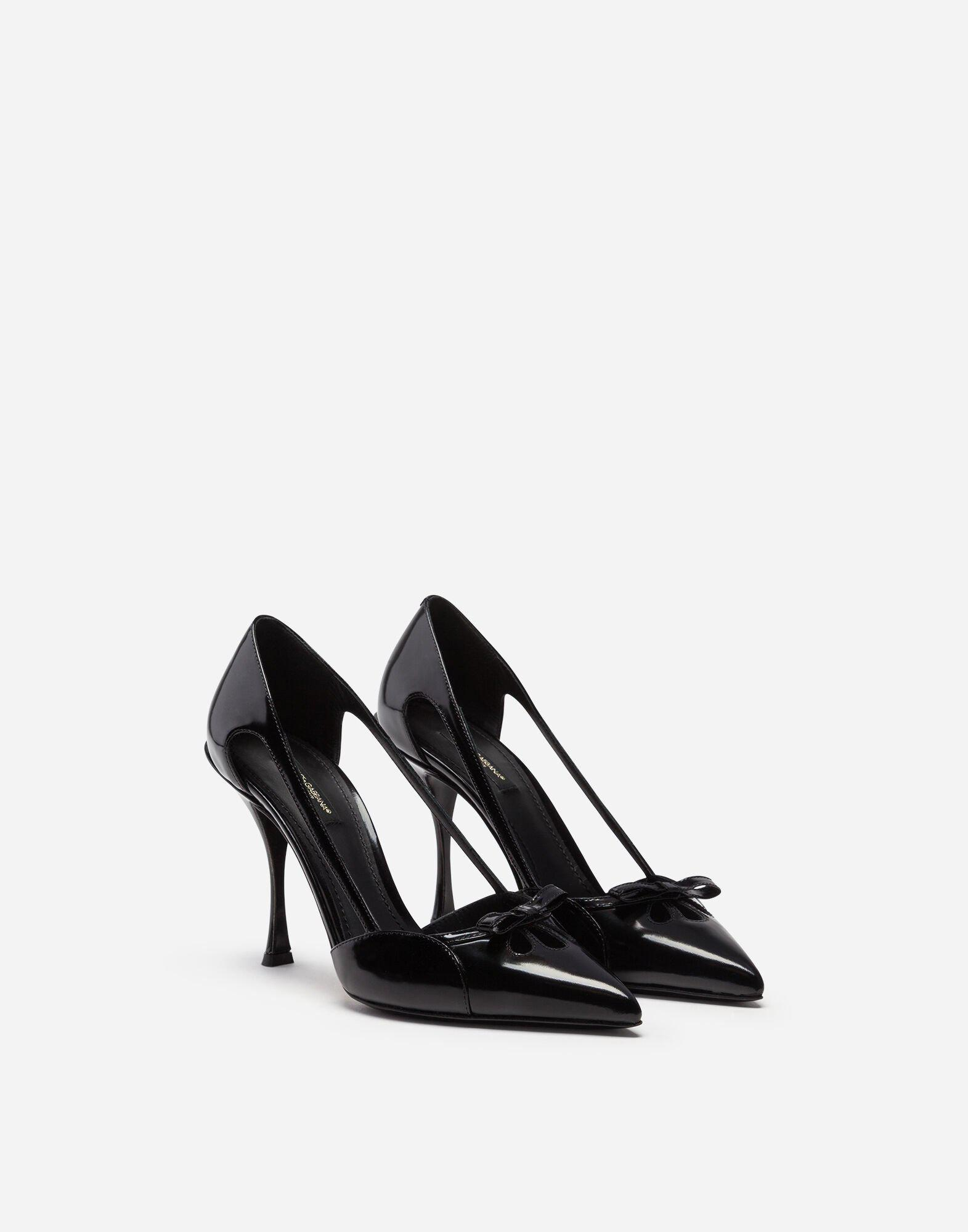Polished calfskin pumps with bow 1