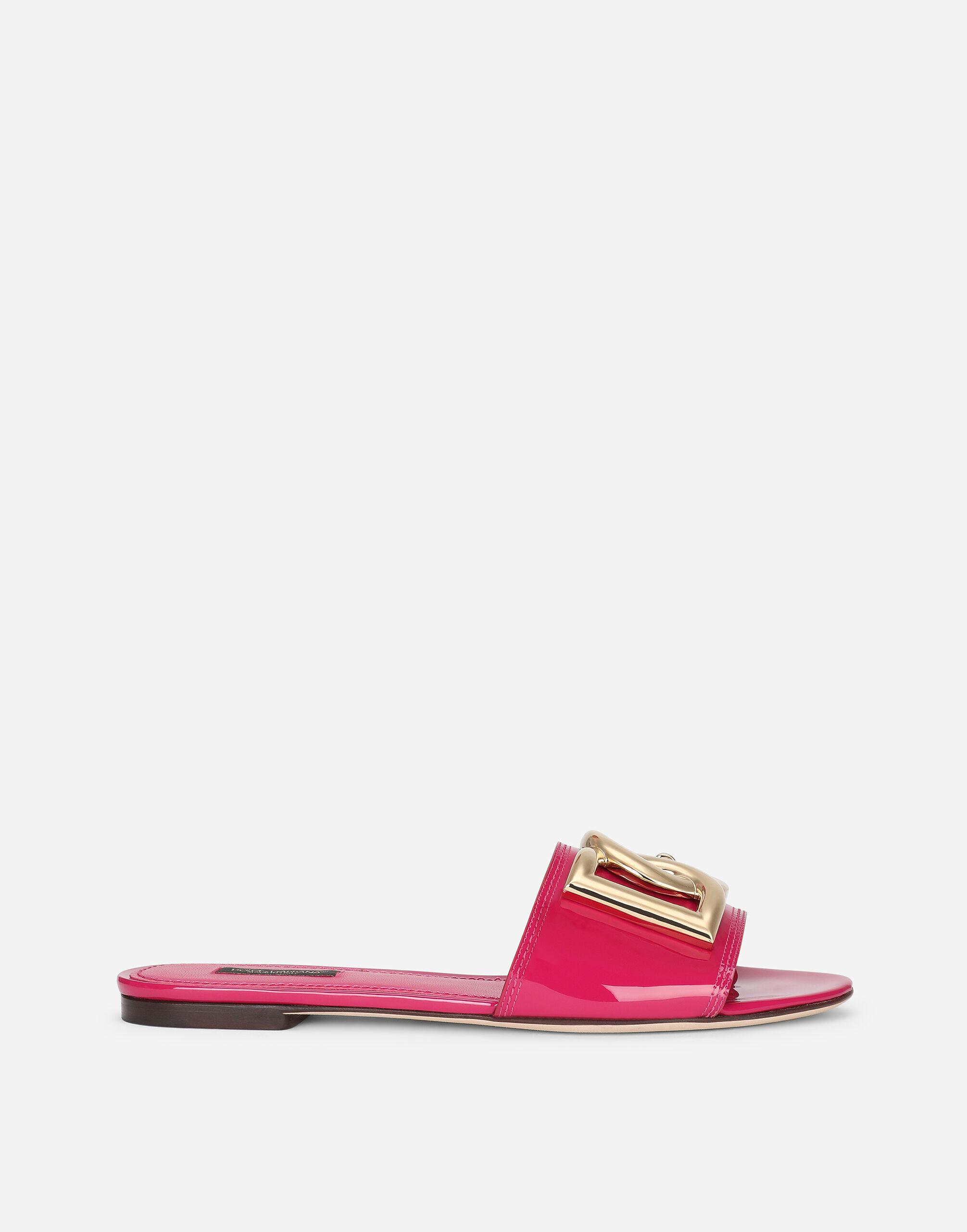 Patent leather sliders with DG logo