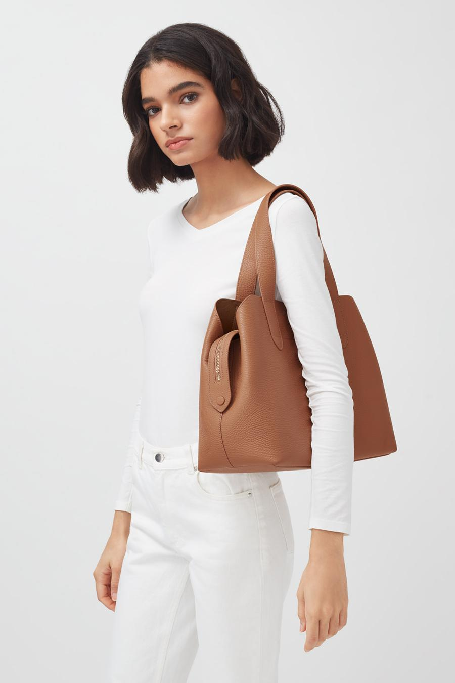 Women's Zippered Satchel Bag in Caramel | Pebbled Leather by Cuyana 3