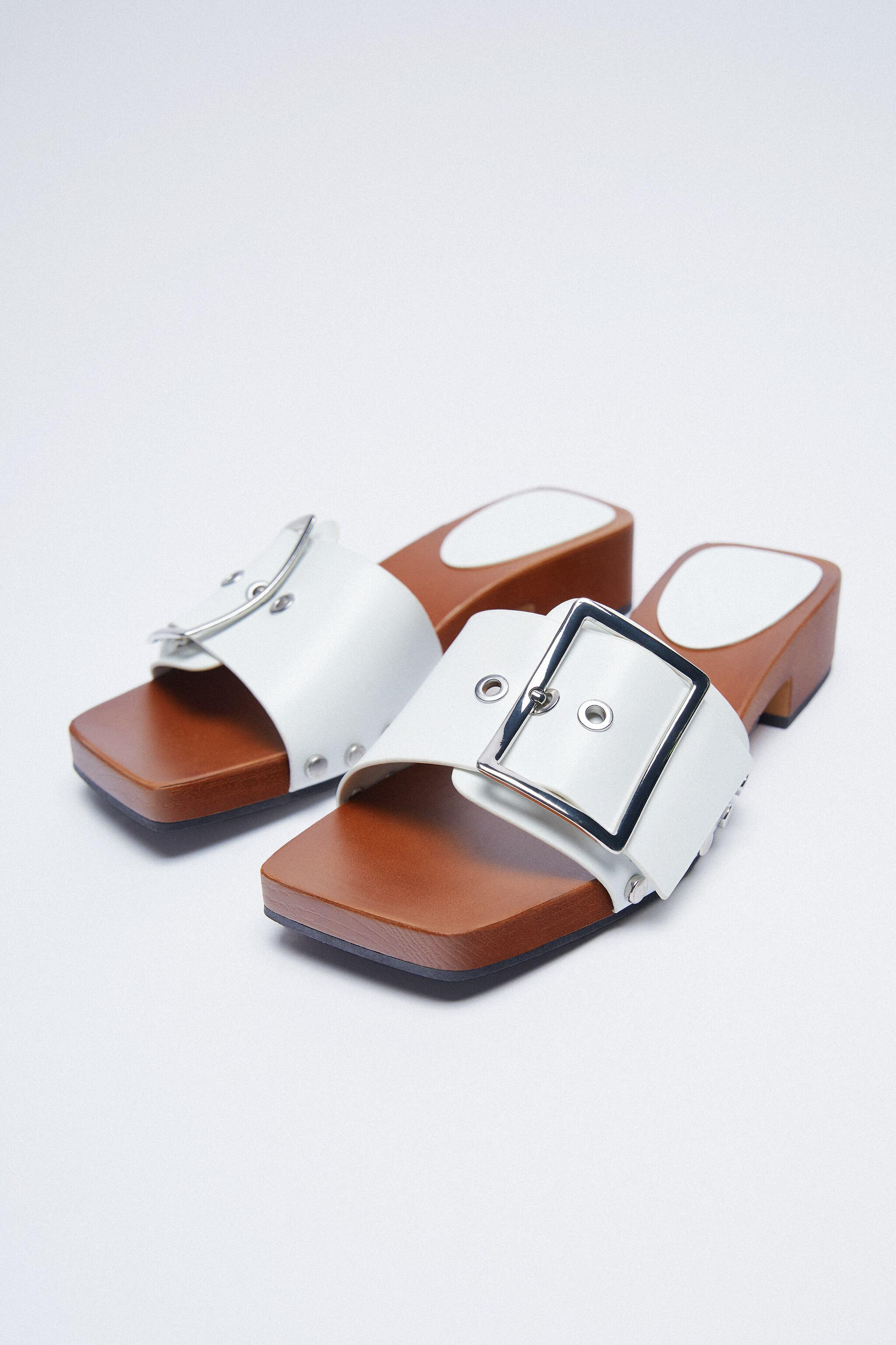 HEELED SANDALS WITH BUCKLE 2