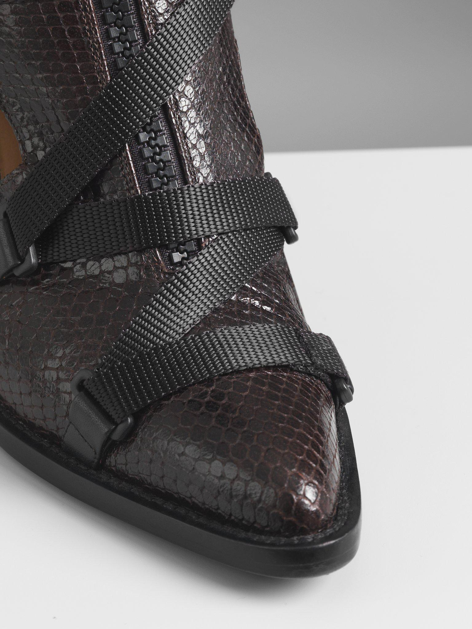 TRACY CUT-OUT BOOT 2