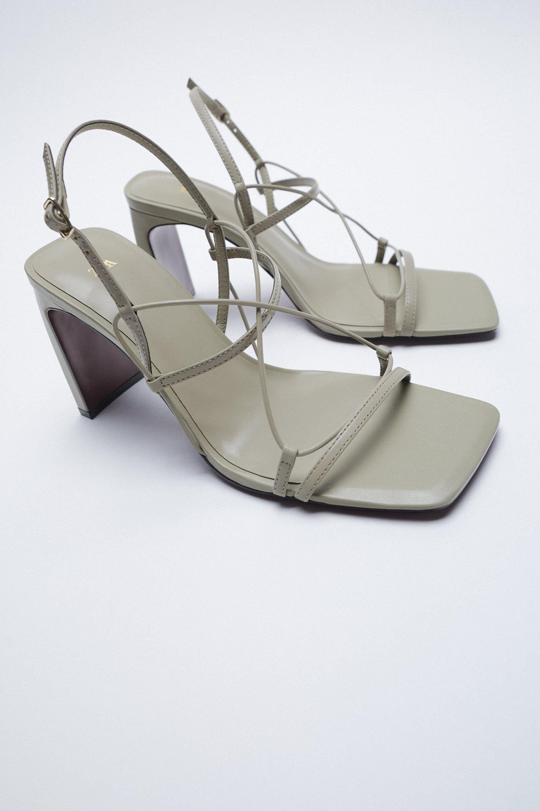 THIN STRAP LEATHER SANDALS 7
