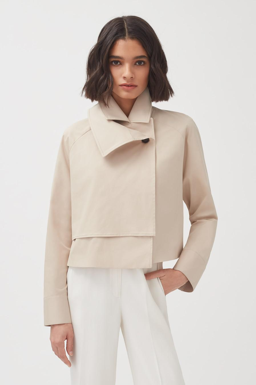 Women's Cropped Trench in Dune | Size: L/XL | Cotton Elastane Blend by Cuyana 2