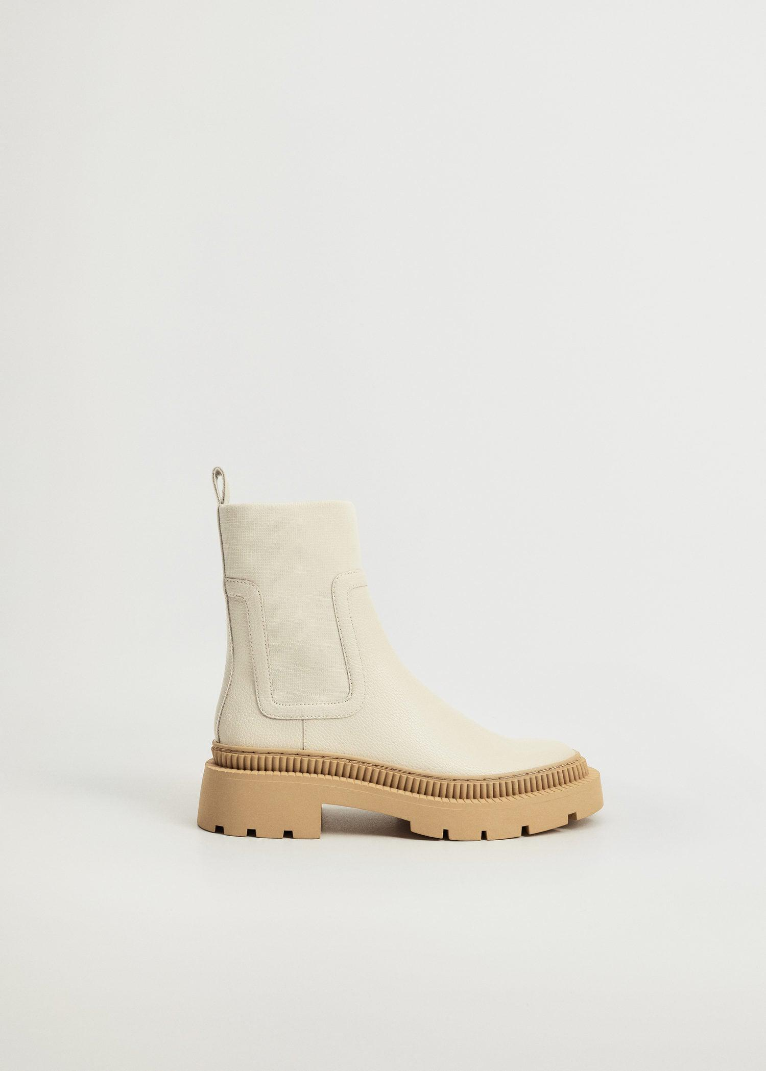 Track outsole boots
