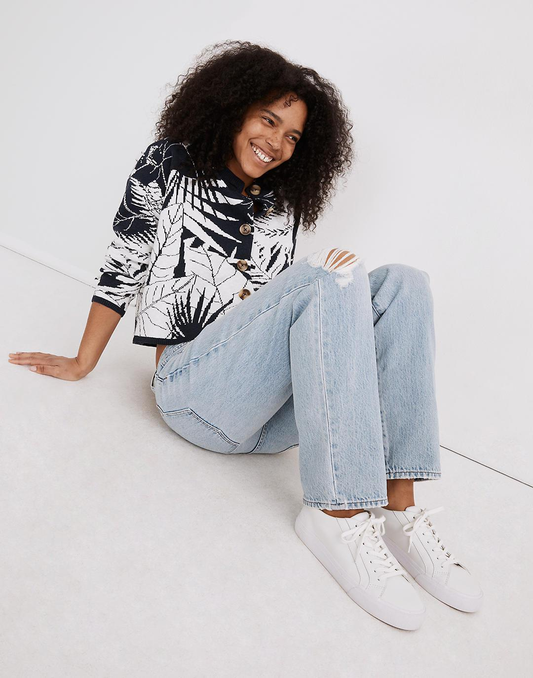 Relaxed Jeans in Cresthaven Wash: Ripped Edition 1