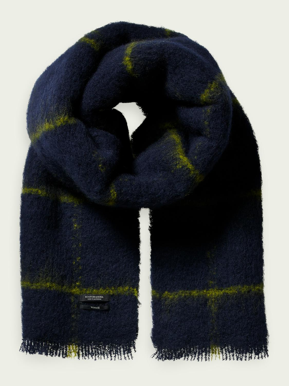 Woven checked wool scarf.