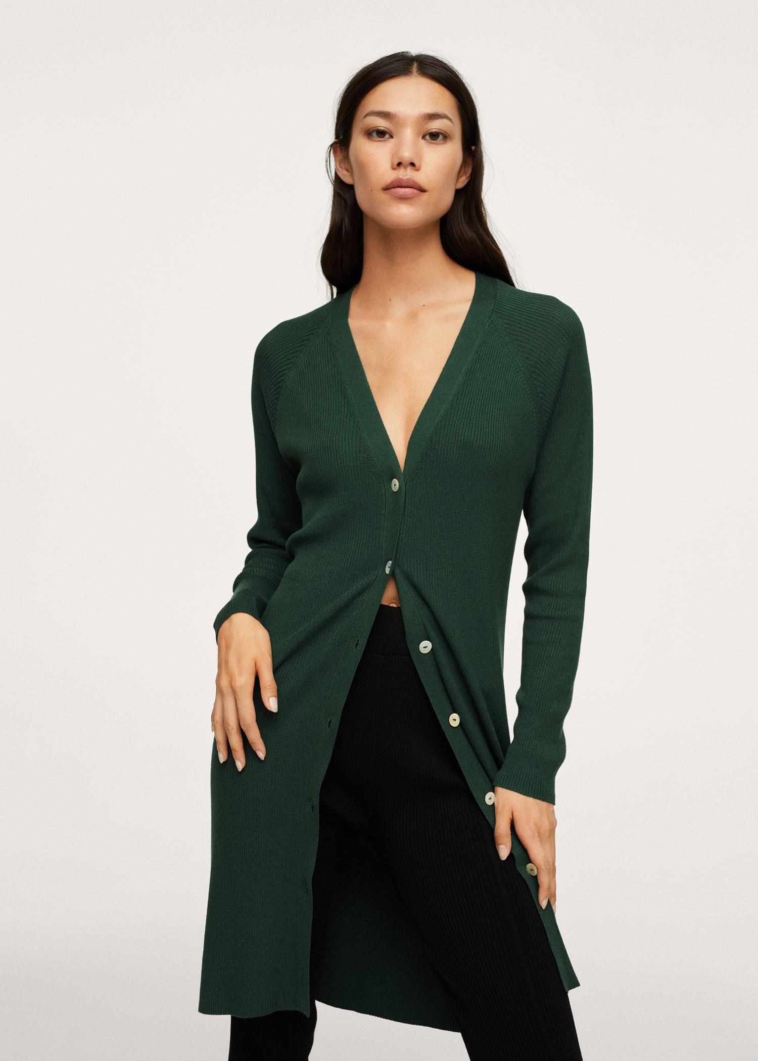 Buttoned ribbed cardigan