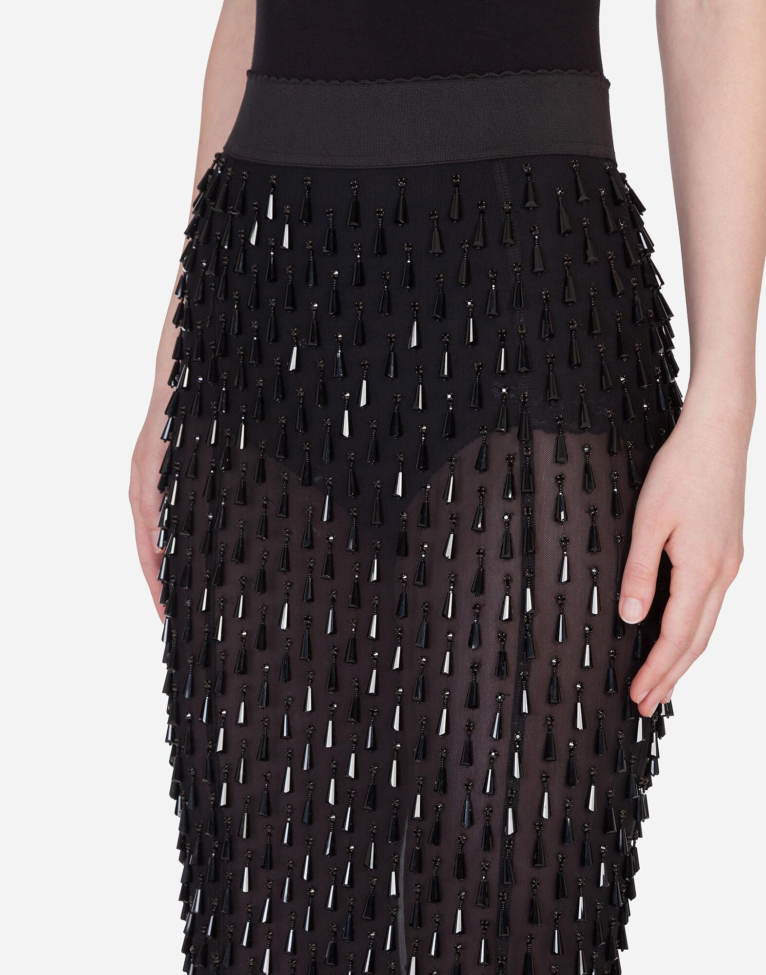 Embroidered pencil skirt 2