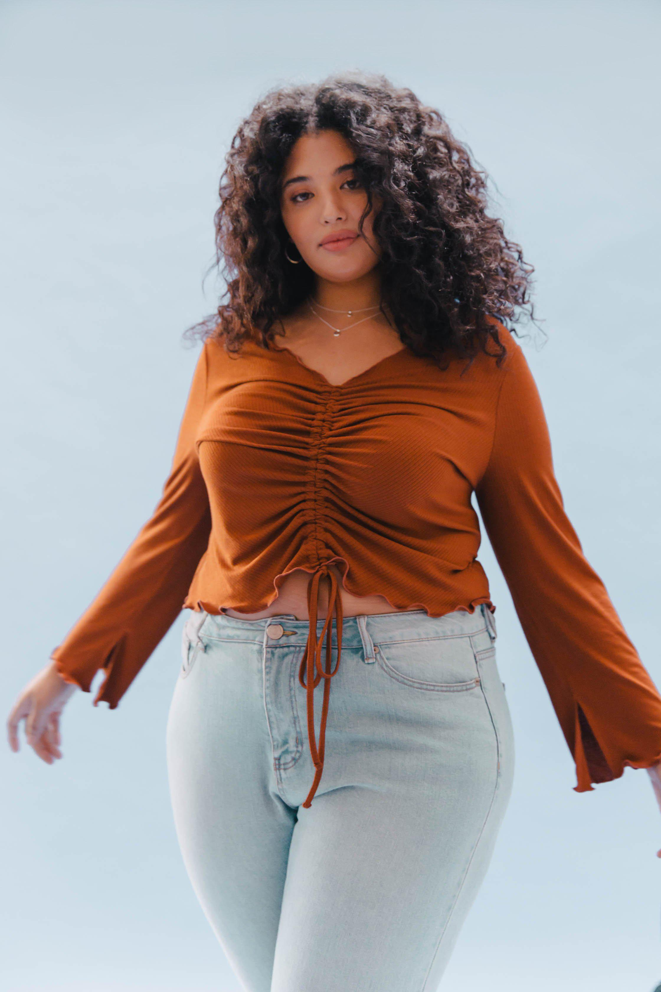THE RUCHED SLIT SLEEVE TOP ~ AMBER