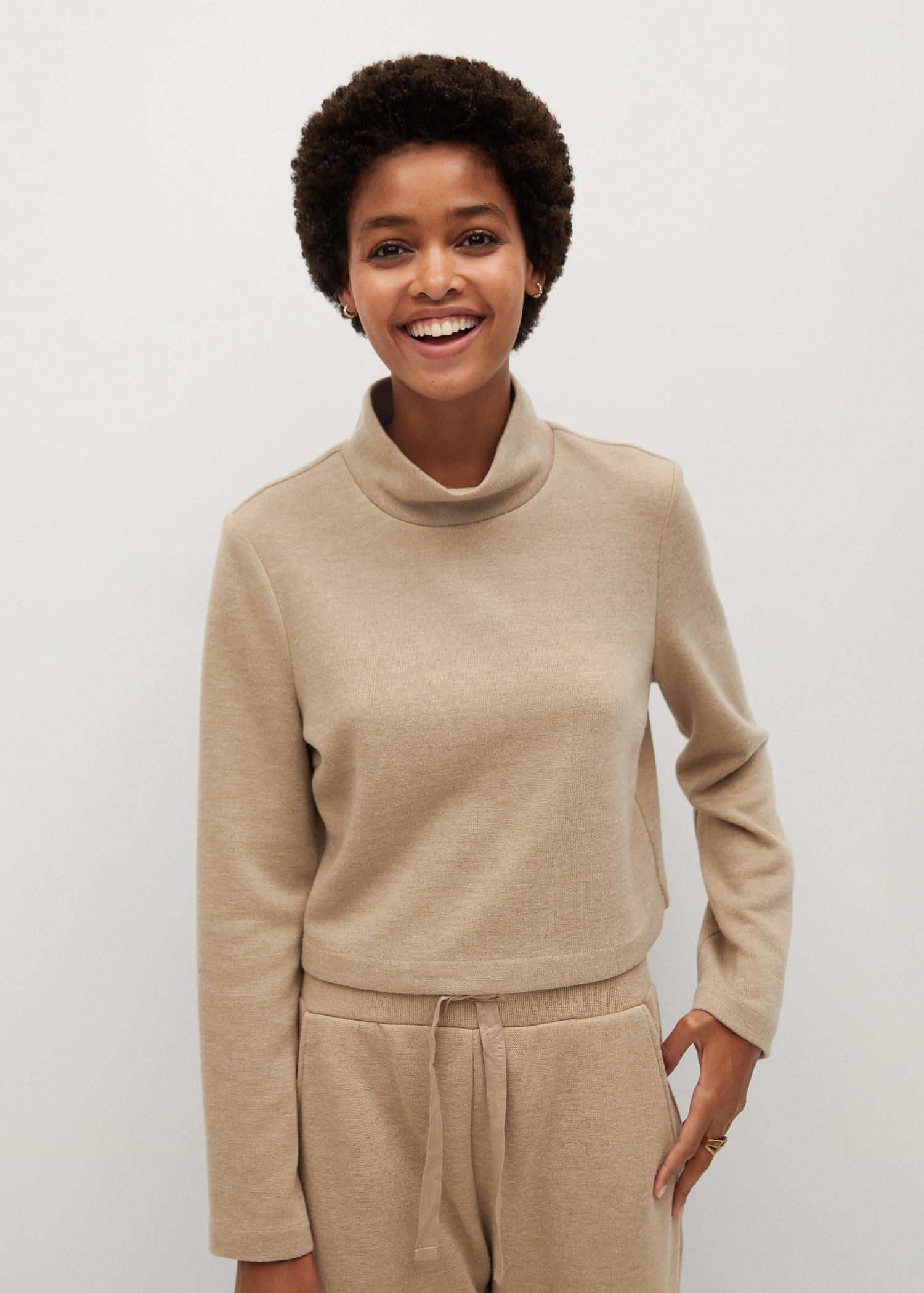 Long-sleeved knitted t-shirt