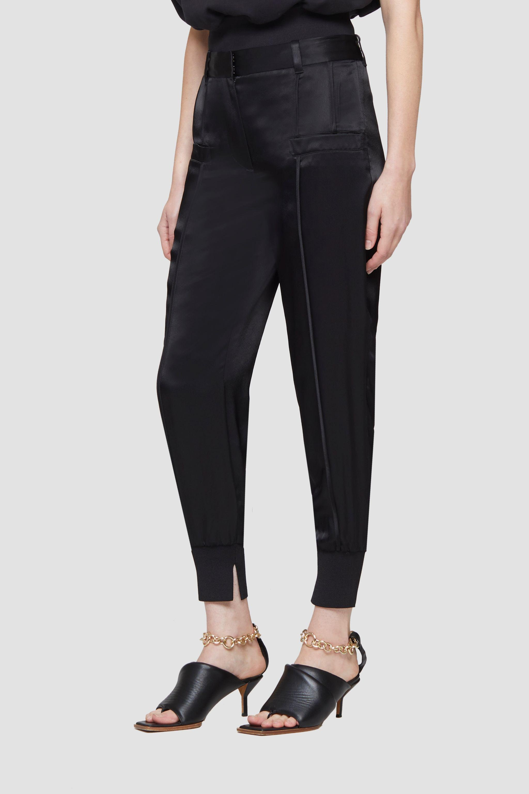 Tapered Jogger 1