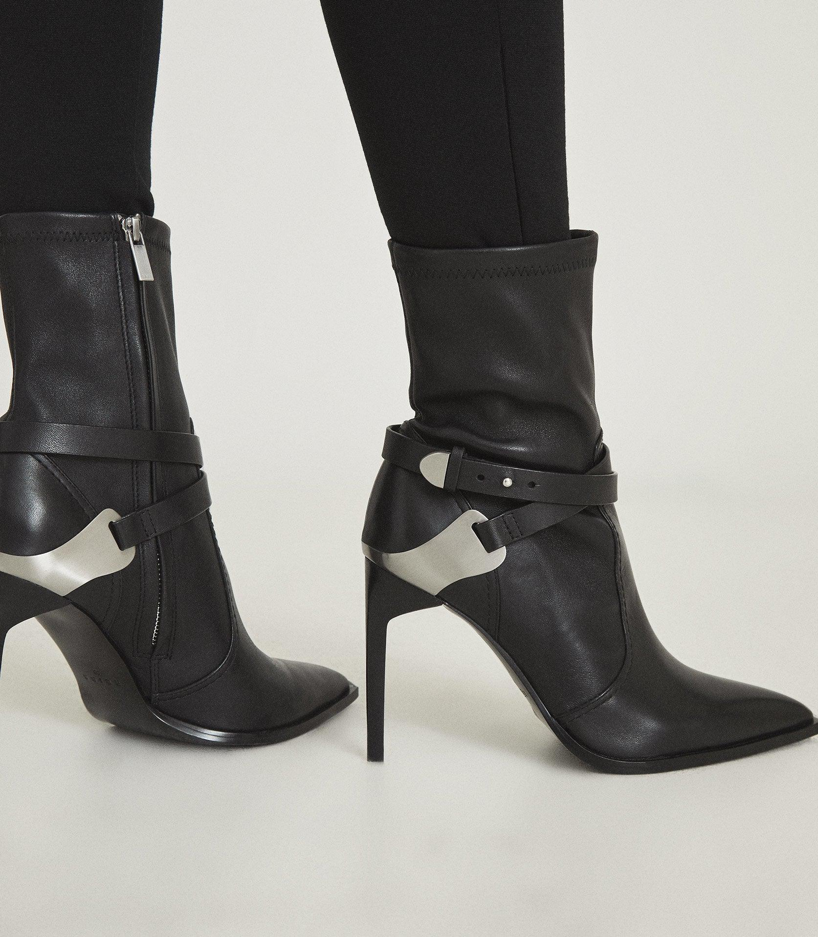 HAYWORTH HIGH - LEATHER POINT-TOE BOOTS 5