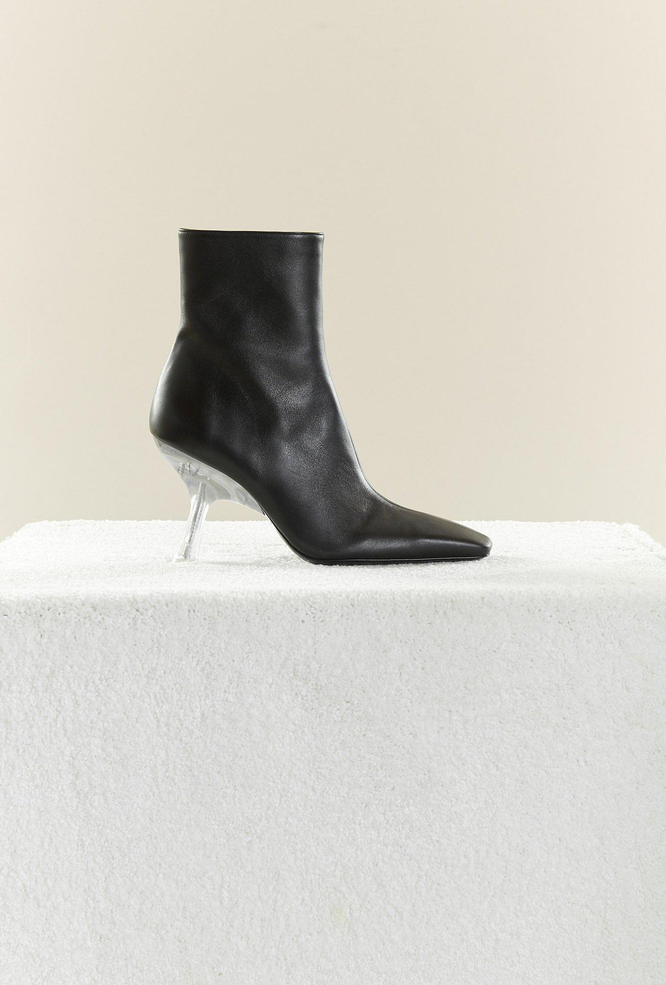 Foxy Boot in Black
