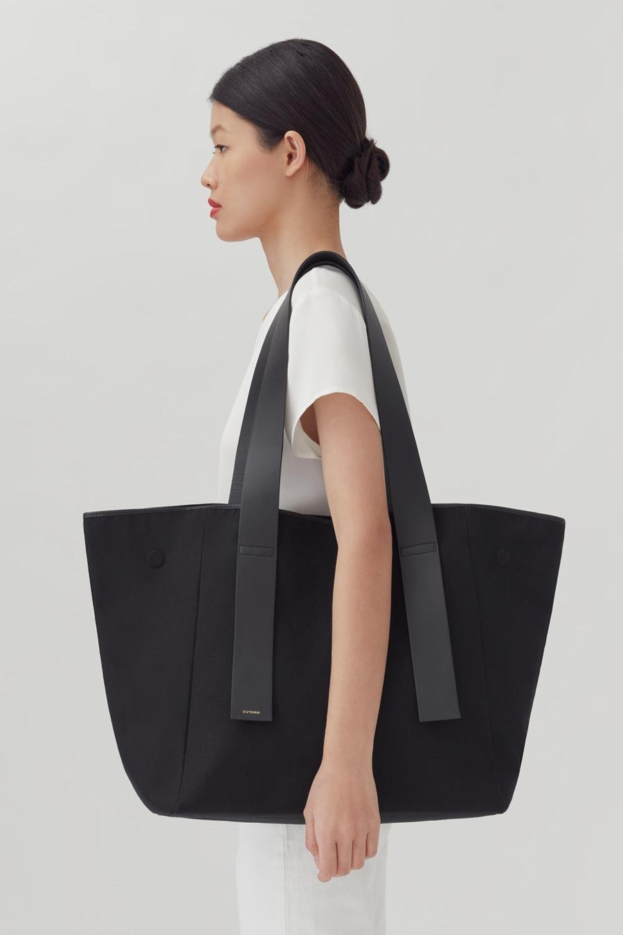 Women's Canvas Tote Bag in Black   Canvas & Smooth Leather by Cuyana 3