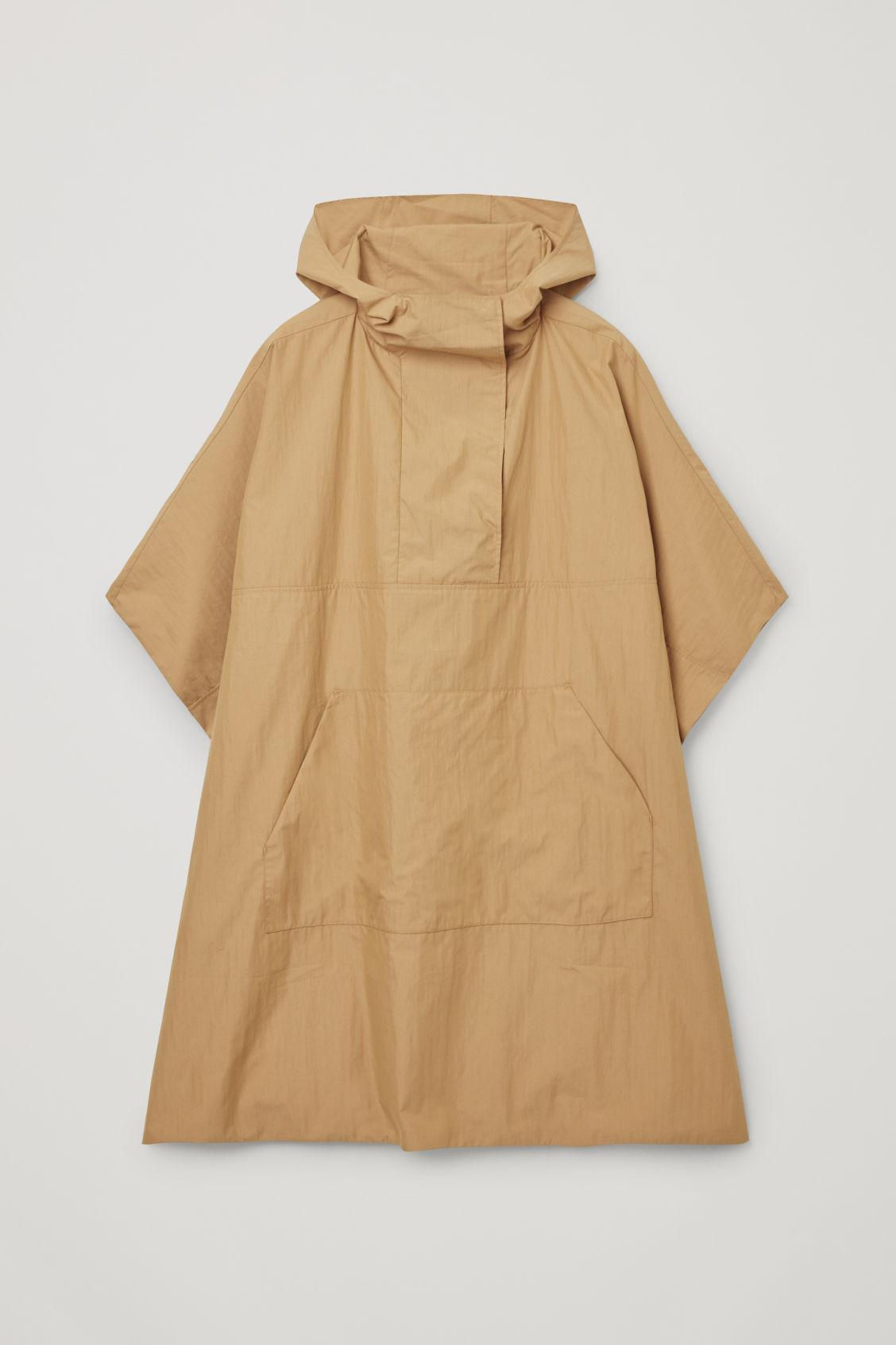 HOODED CAPE 5
