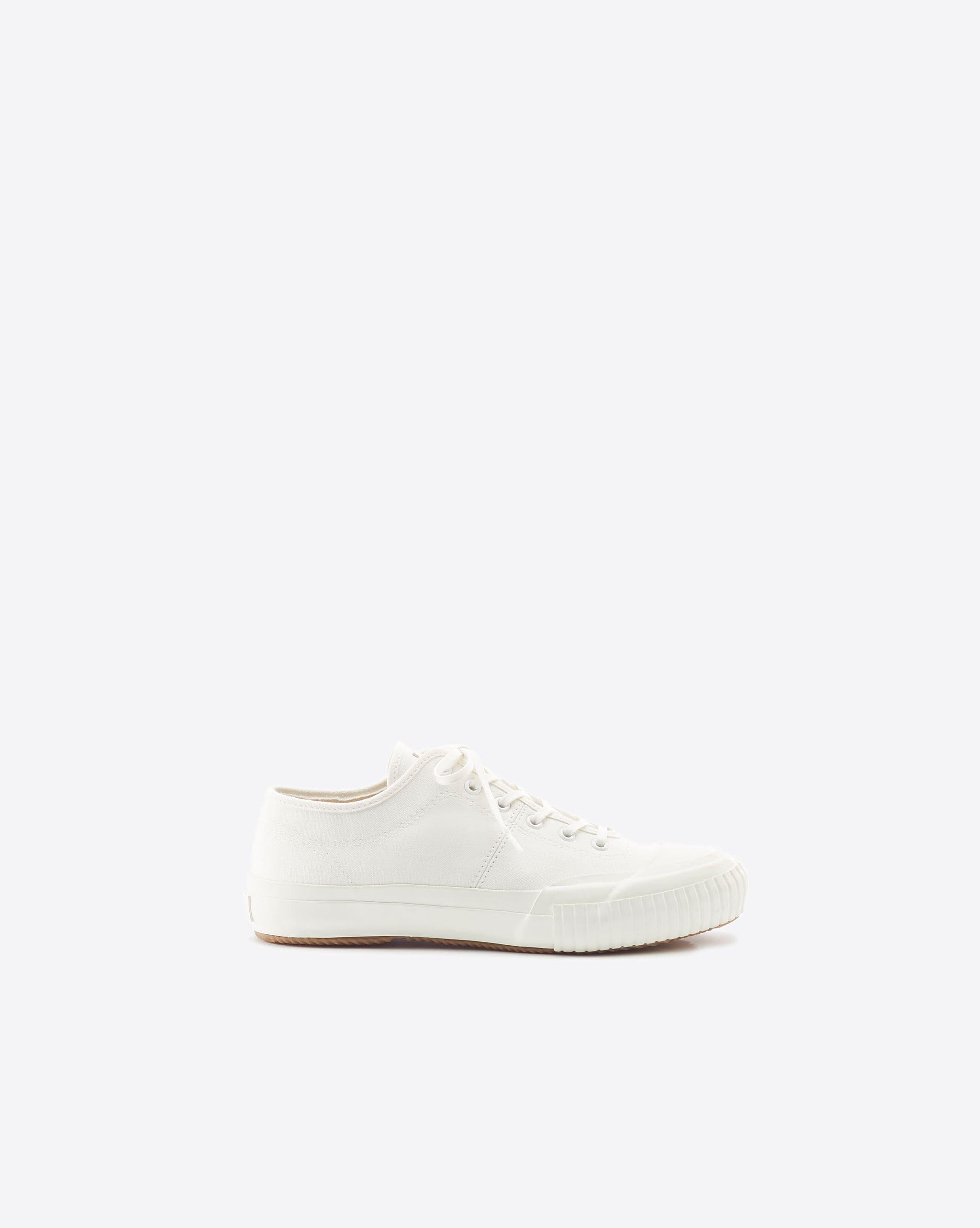Charlie Low Top Sneaker