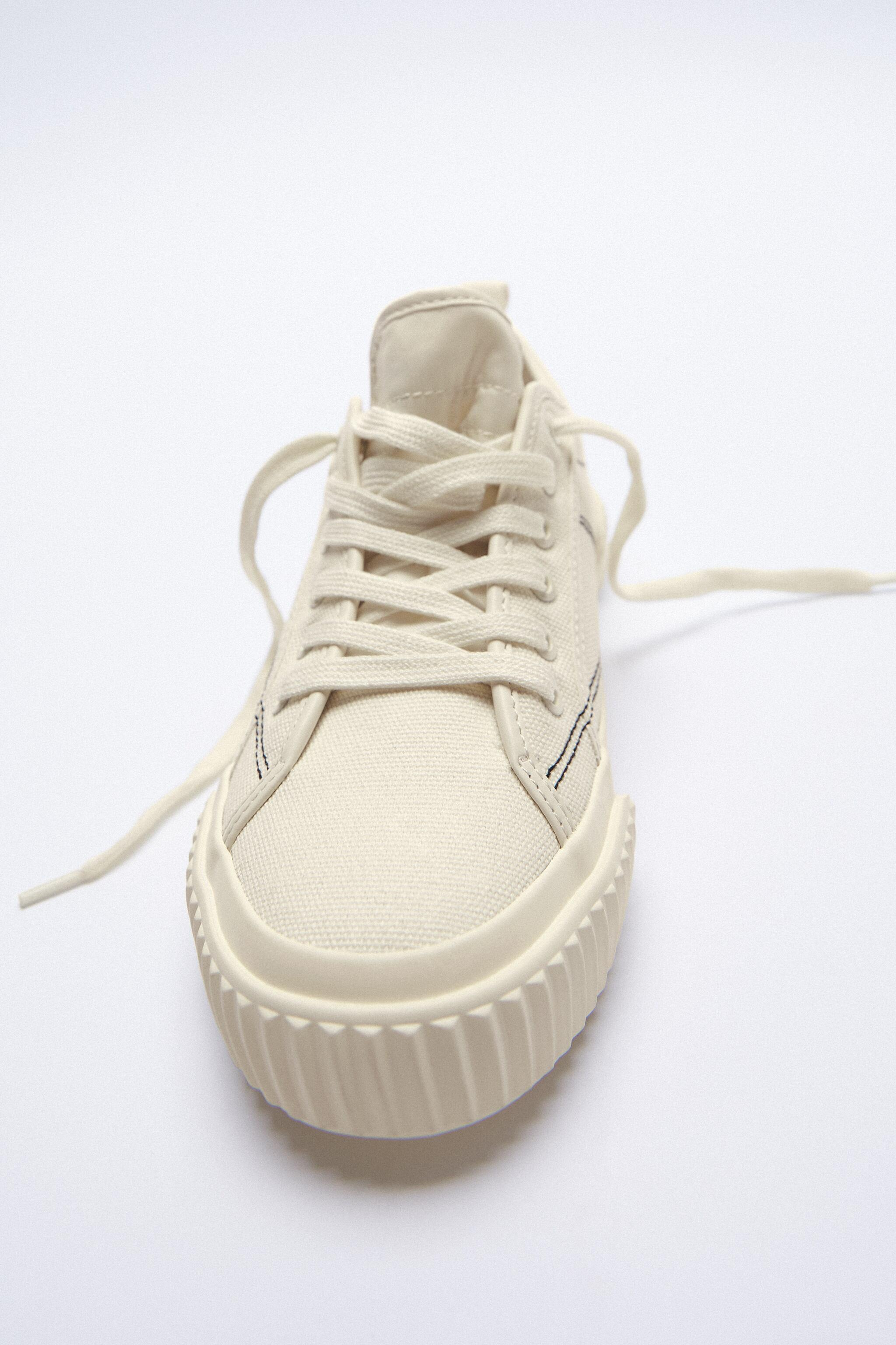 CANVAS SNEAKERS 4
