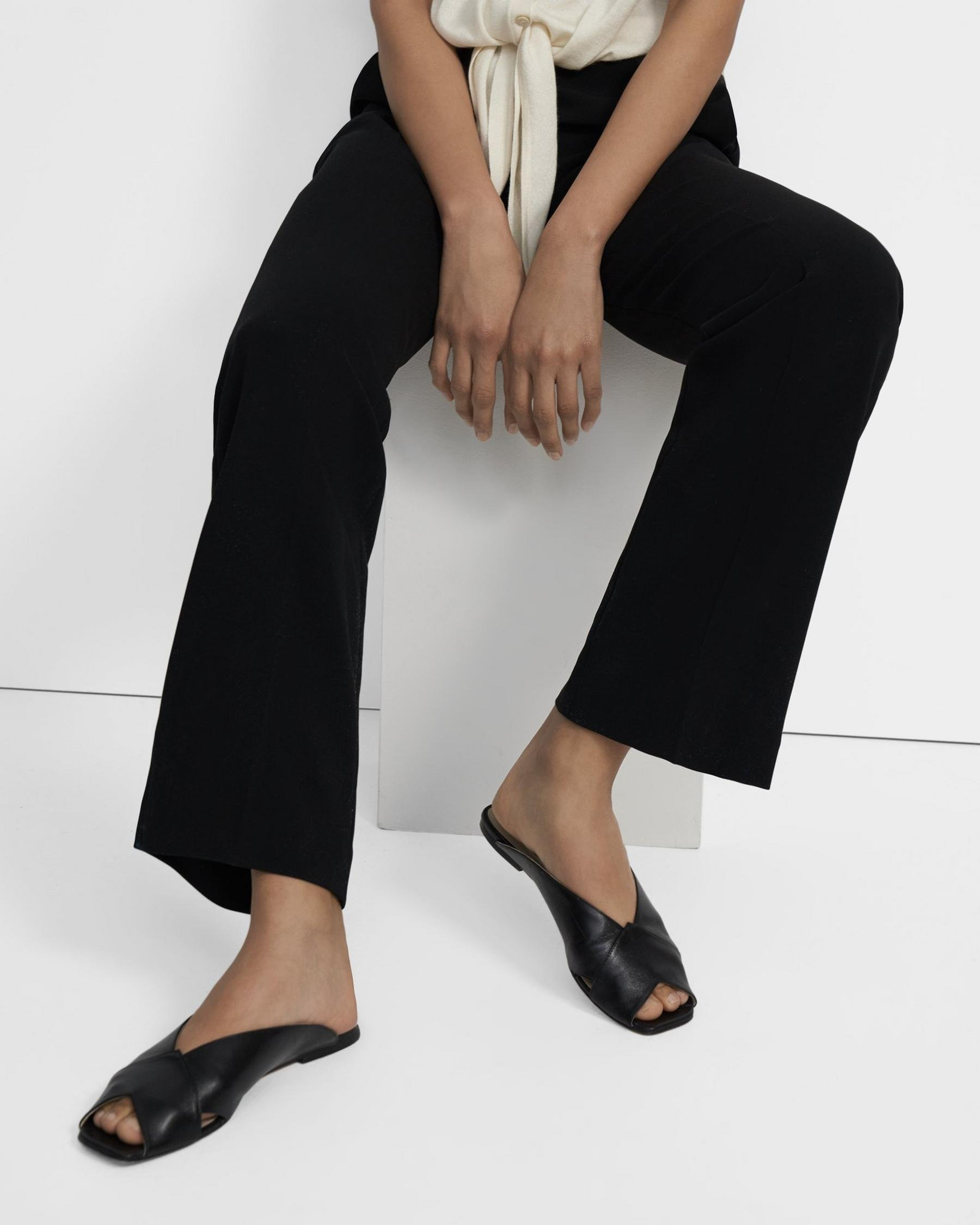 V Flat Mule in Leather 0