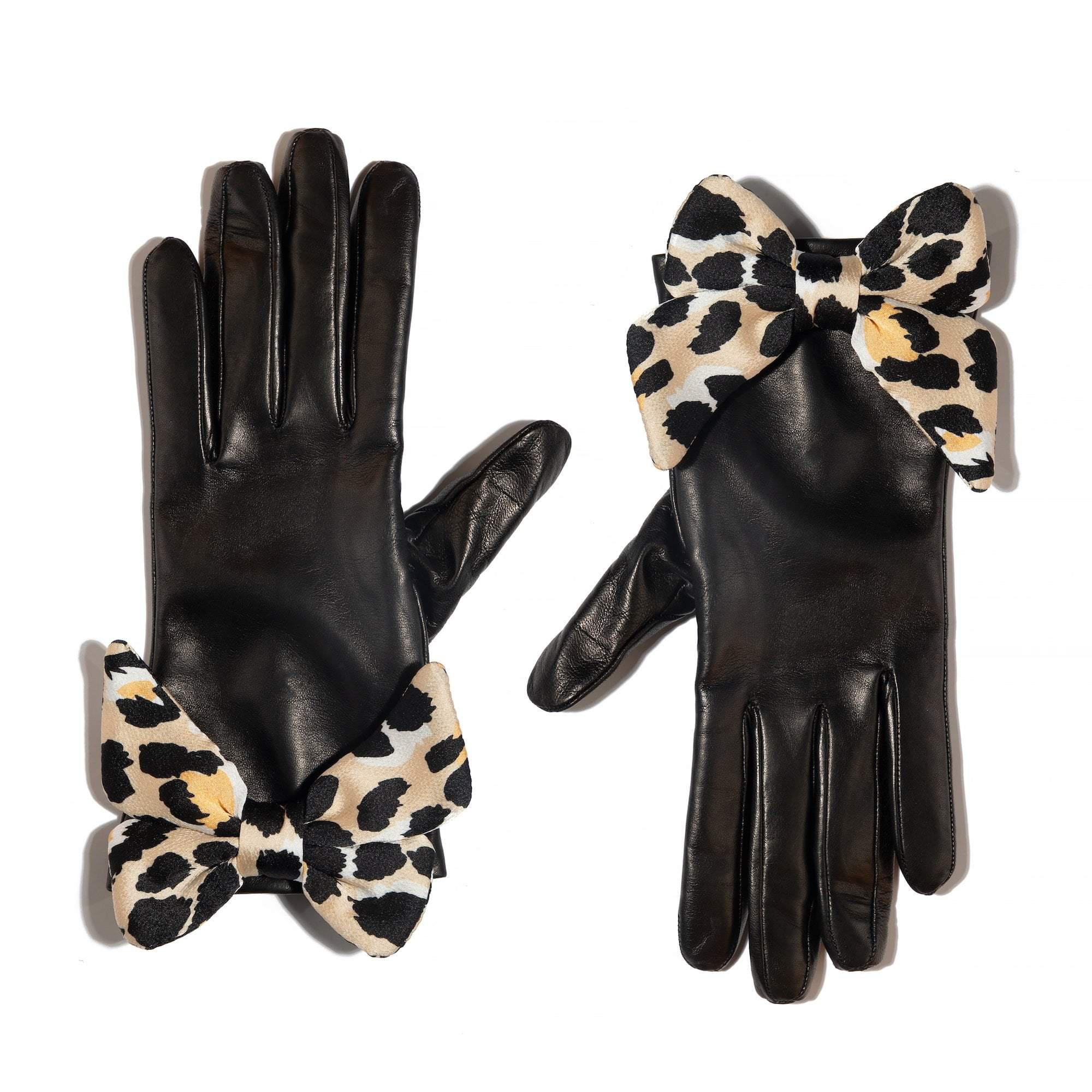 JET LEOPARD BUTTON HOLE GLOVE WITH BOW