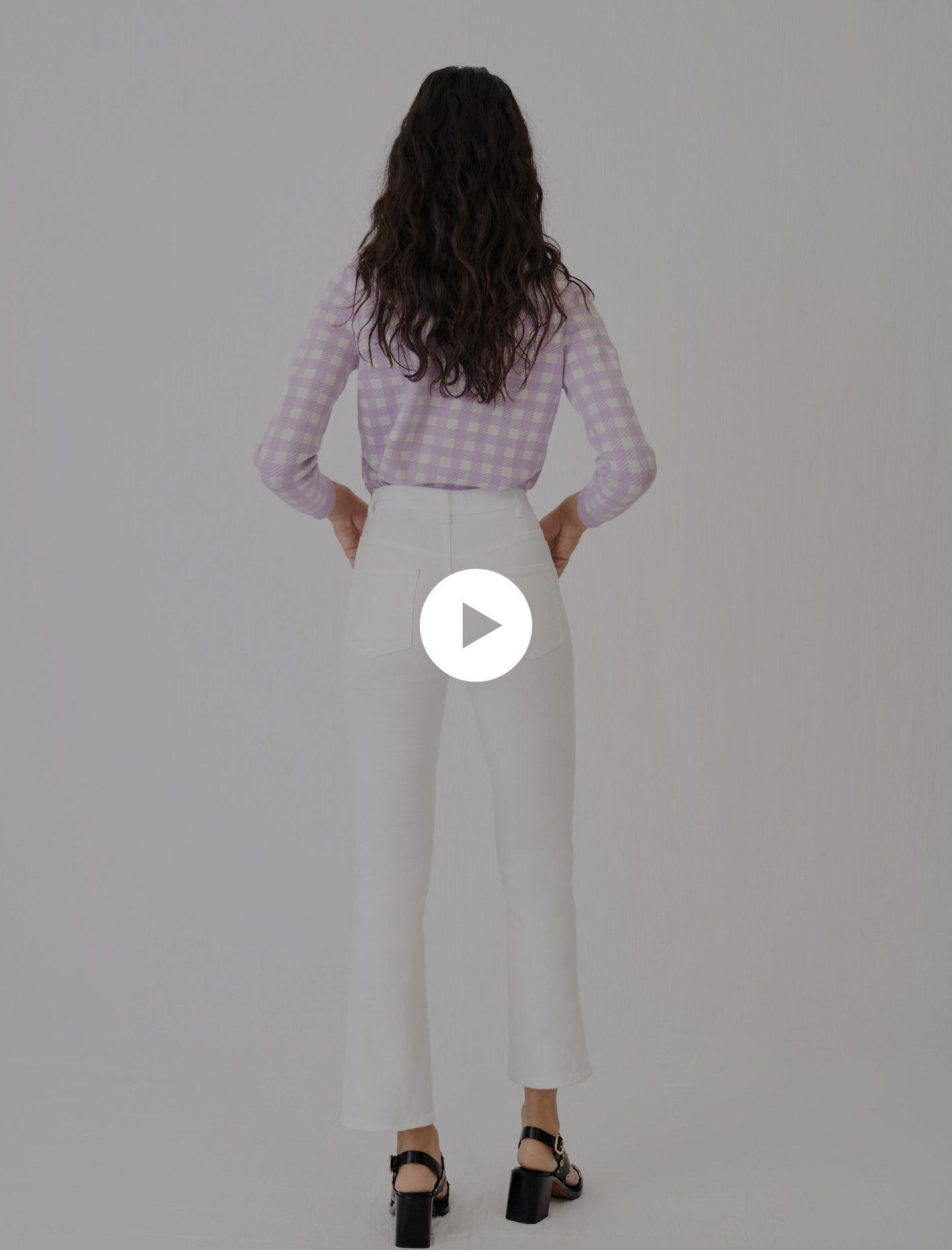 FLARED JEANS WITH POCKETS AND BUTTONS 3