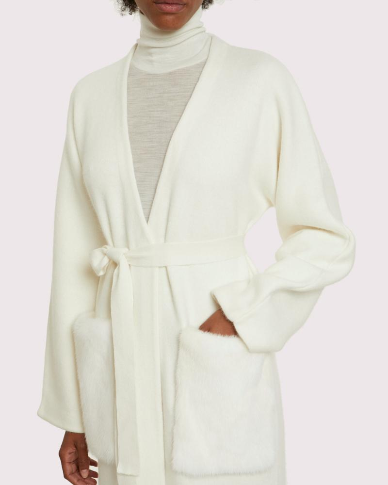 long knit coat with mink pockets 3