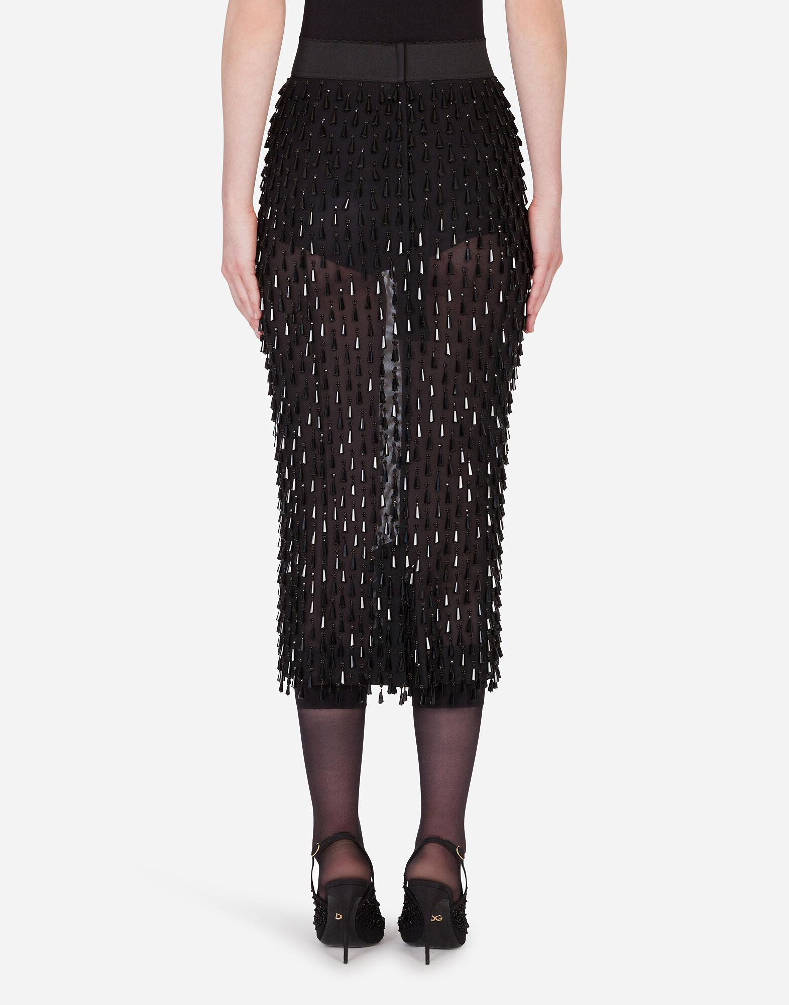 Embroidered pencil skirt 1