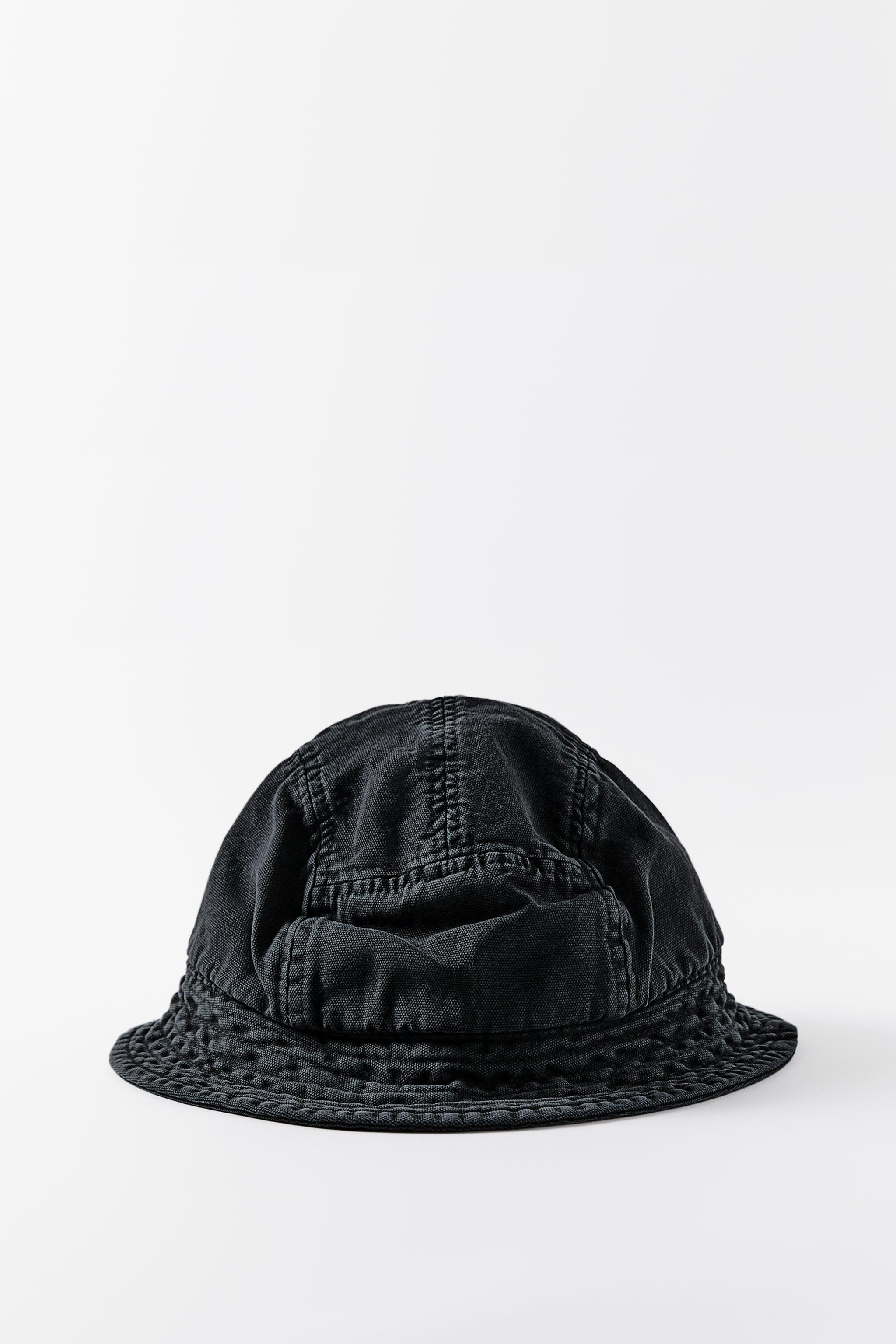 BUCKET HAT WITH TOPSTITCHING 0
