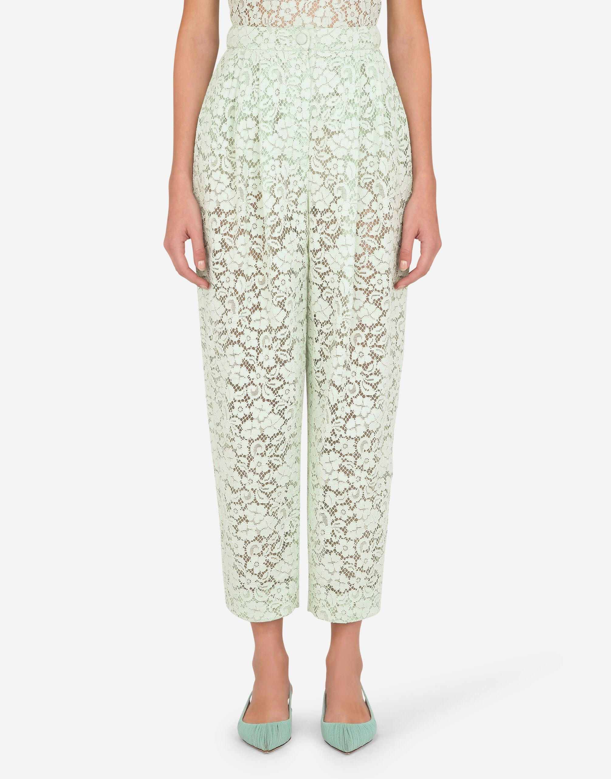 Lace pants with darts