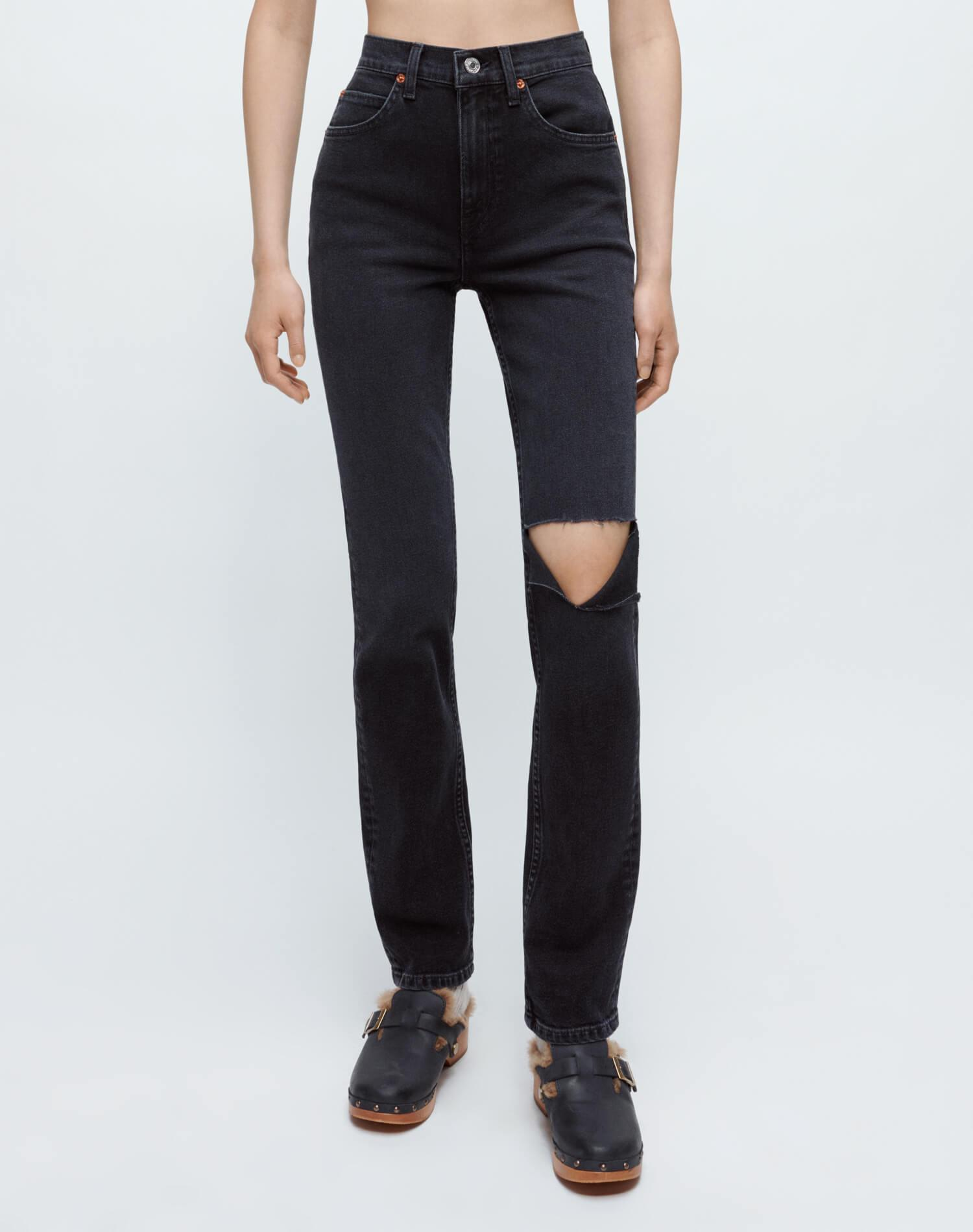 Comfort Stretch 70s Straight - Washed Noir with Hole