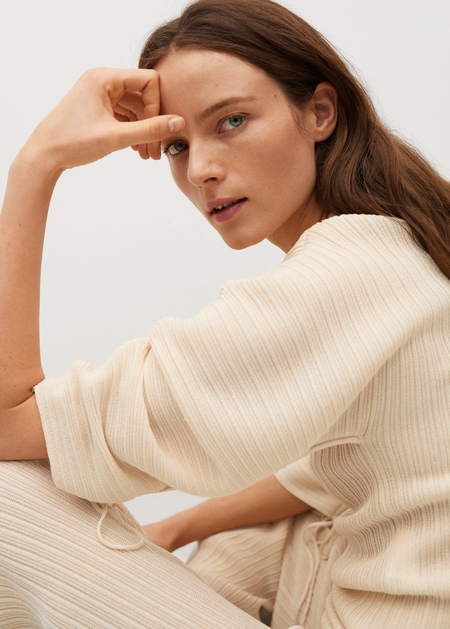 Pleated knit sweater 4