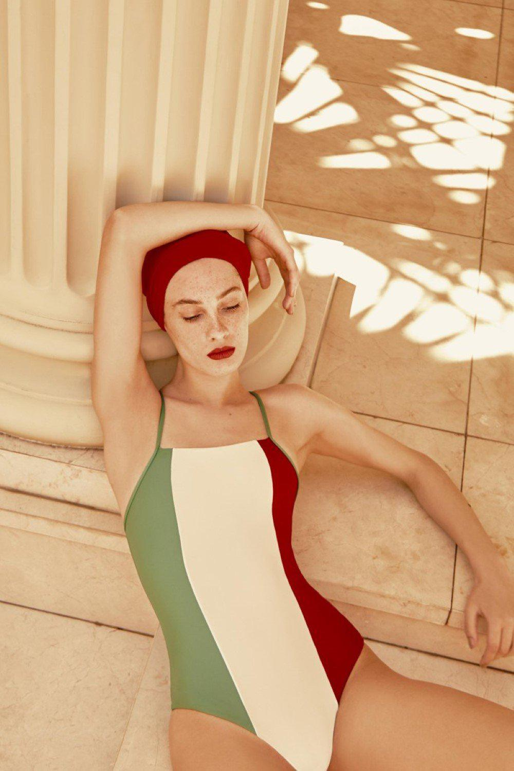Italy Tricolor Swimsuit With Straps 1
