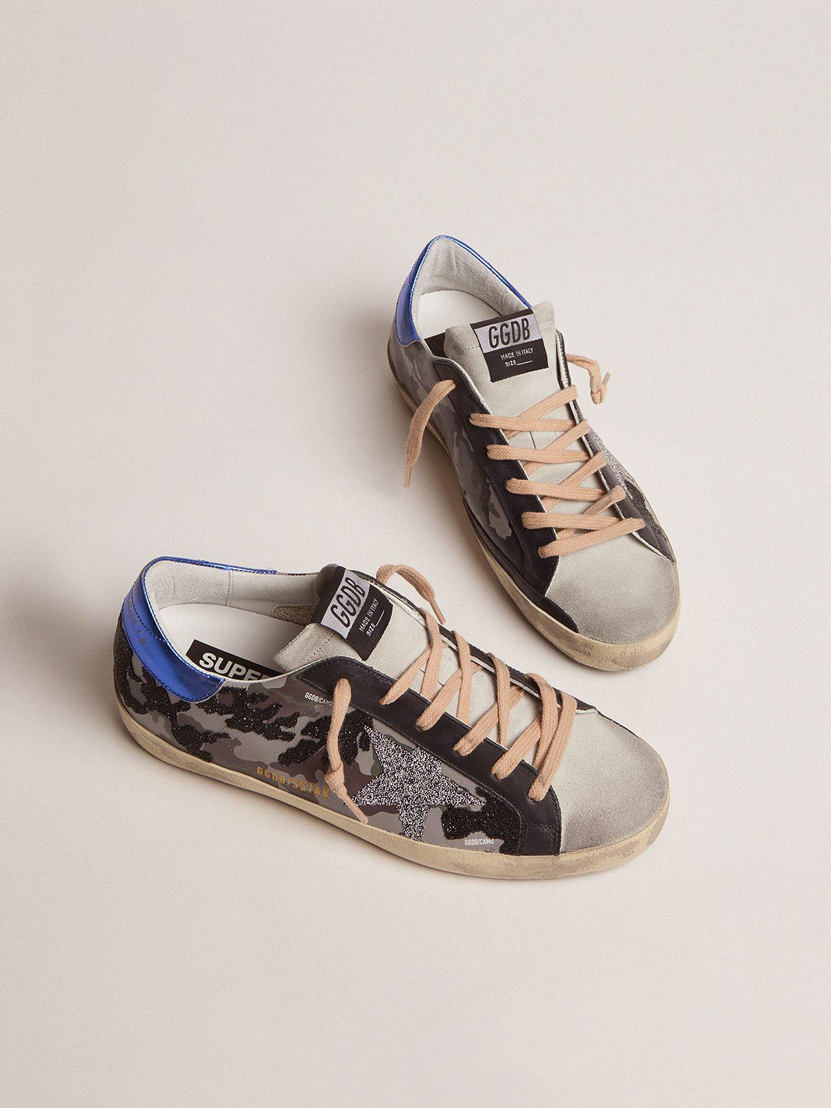 Camouflage Super-Star sneakers with glitter 1