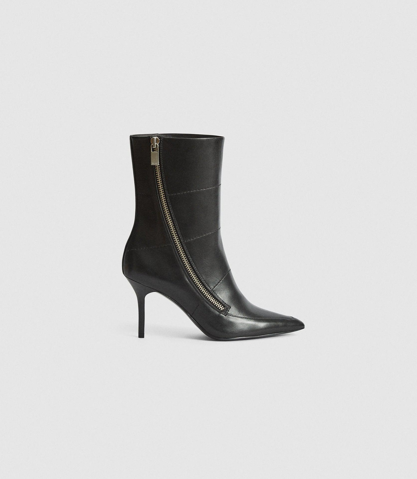 HOXTON - LEATHER POINT-TOE BOOTS