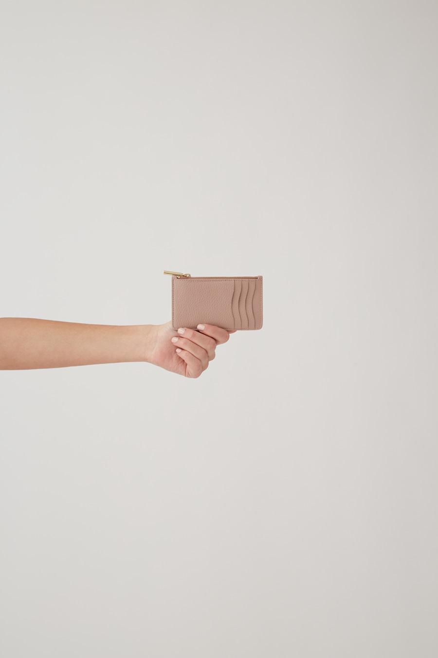 Women's Zip Cardholder in Soft Rose | Pebbled Leather by Cuyana 1