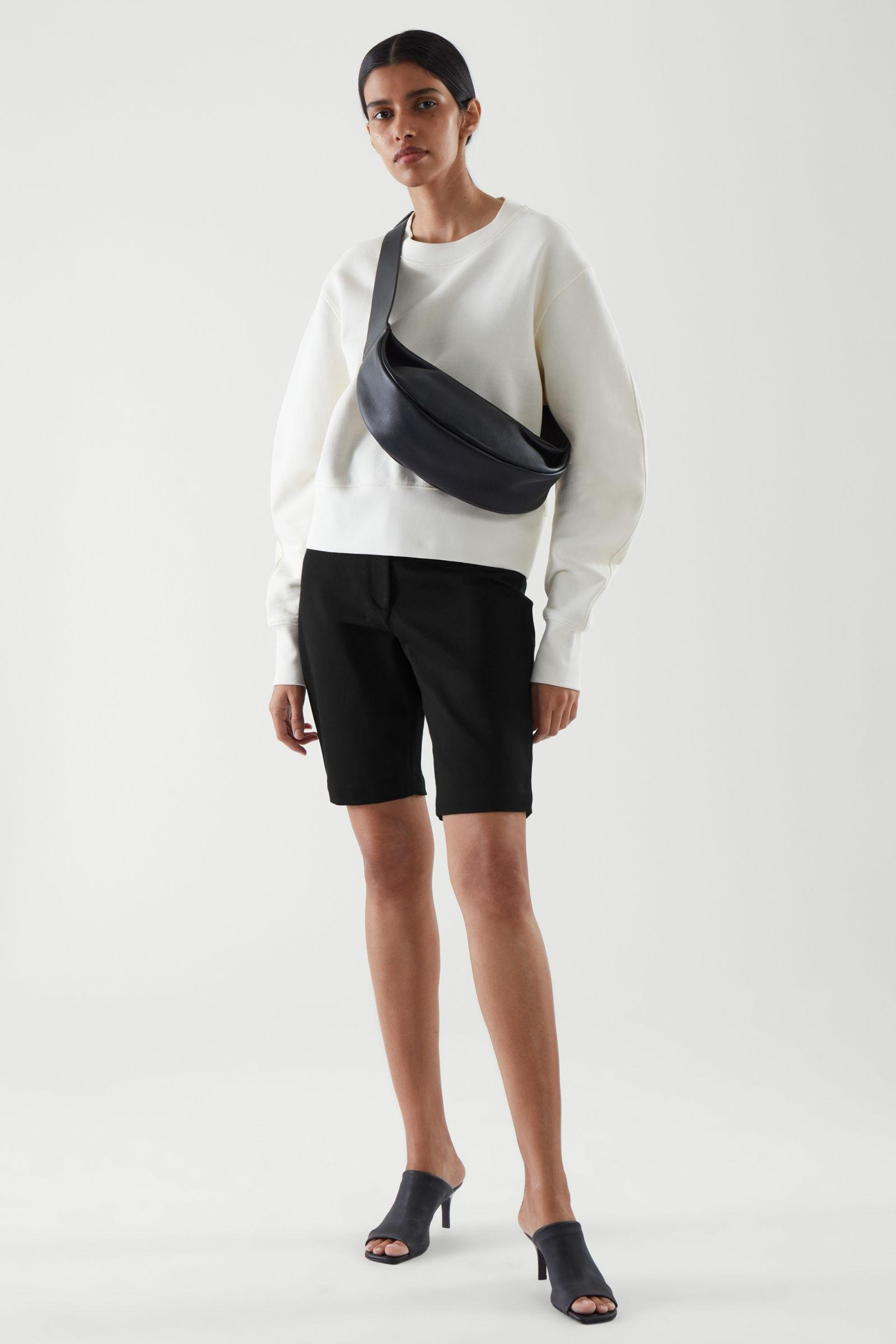 TAILORED CYCLING SHORTS